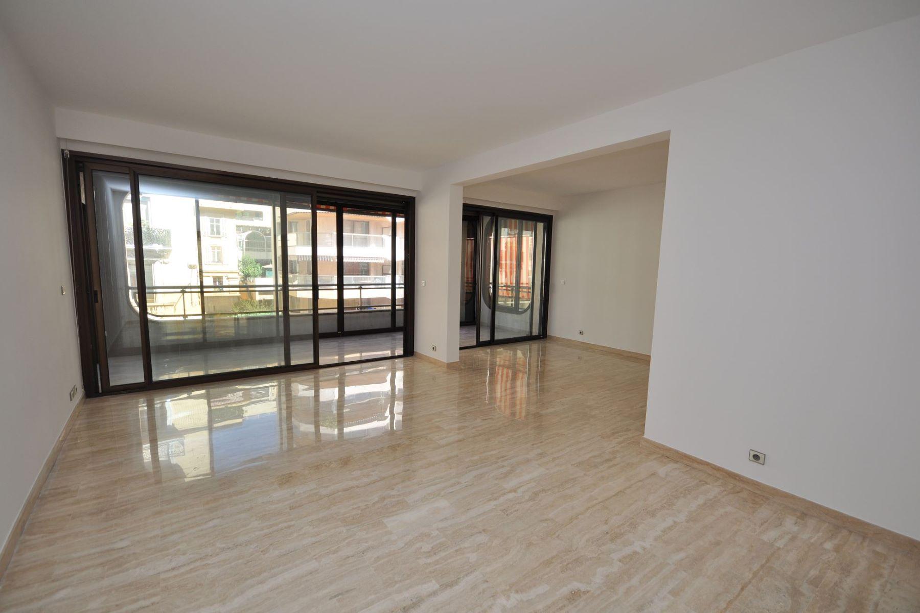 Appartement pour l à louer à Spacious 2/3 room apartment to rent, Carré d'Or Monaco, La Condamine, 98000 Monaco