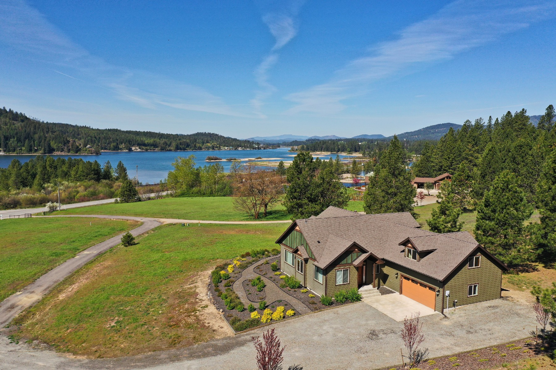 Single Family Home for Active at Beautiful home with million dollar views of the Pend Oreille River 110 Keyser Priest River, Idaho 83856 United States