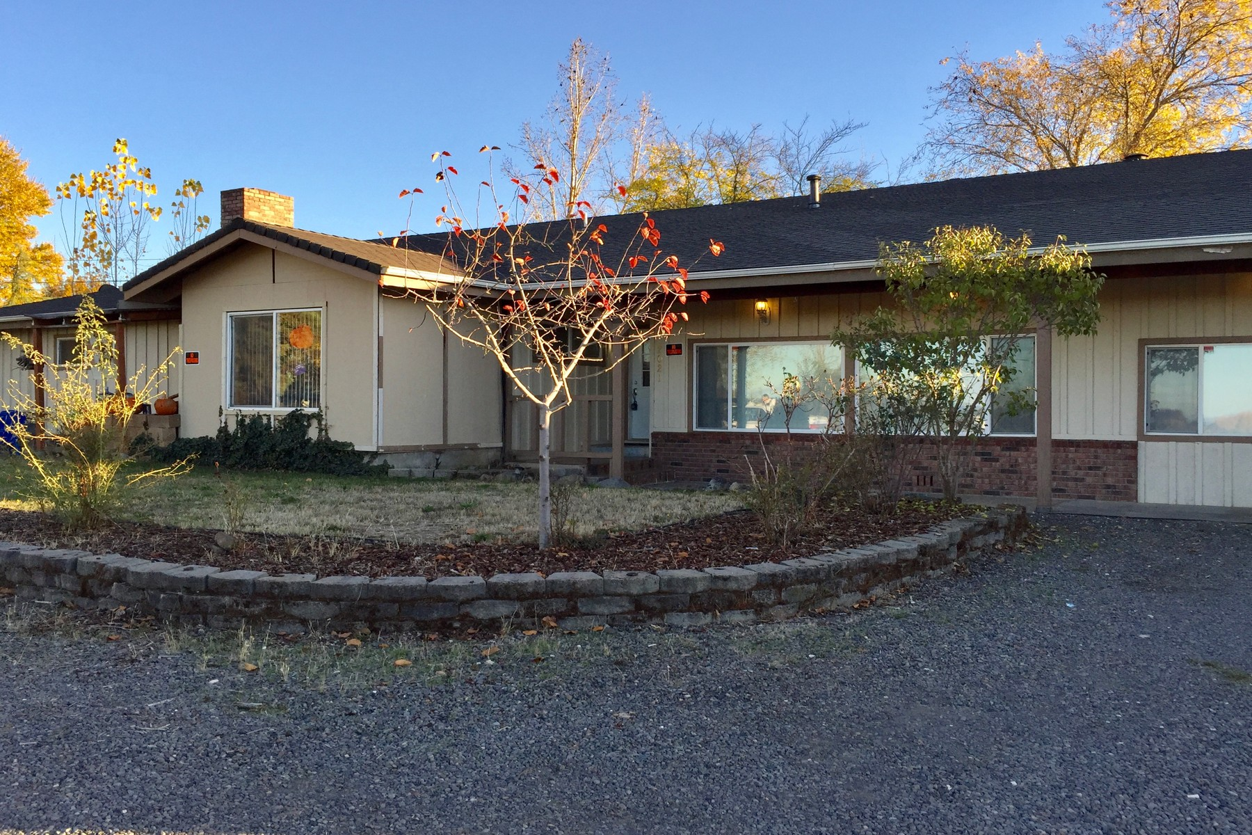 Single Family Homes for Active at 2021 Westwood Drive Medford, OR 2021 Westwood Dr Medford, Oregon 97501 United States