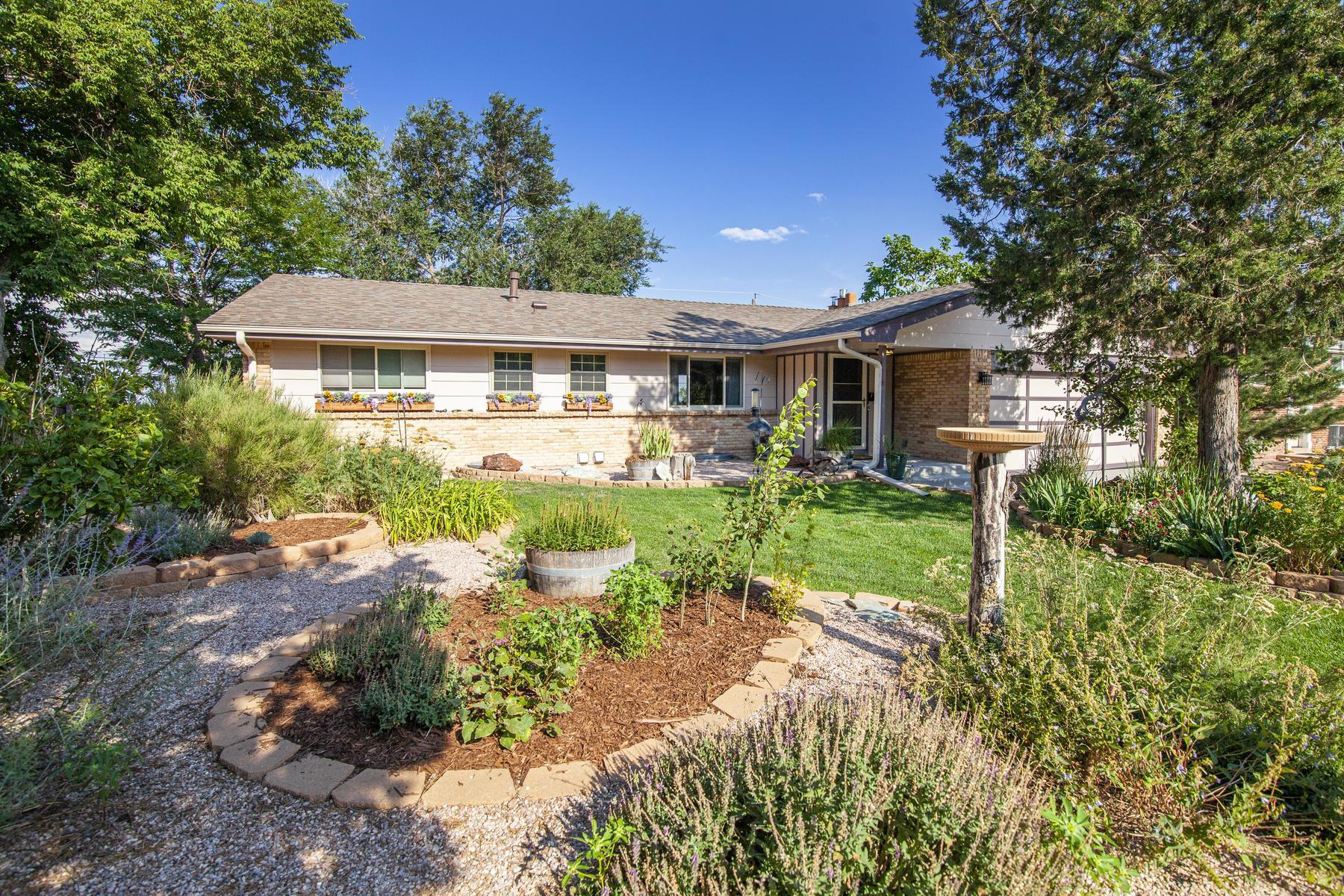 Single Family Homes por un Venta en Lakewood, Colorado 80228 Estados Unidos