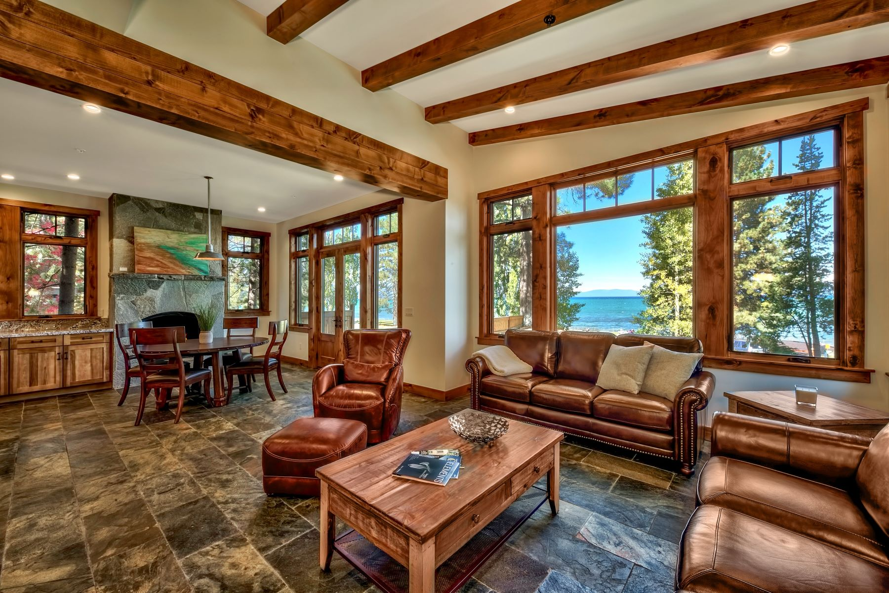 Additional photo for property listing at 819 Lakeview Ave, South Lake Tahoe, CA 96150 819 Lakeview Ave South Lake Tahoe, California 96150 United States