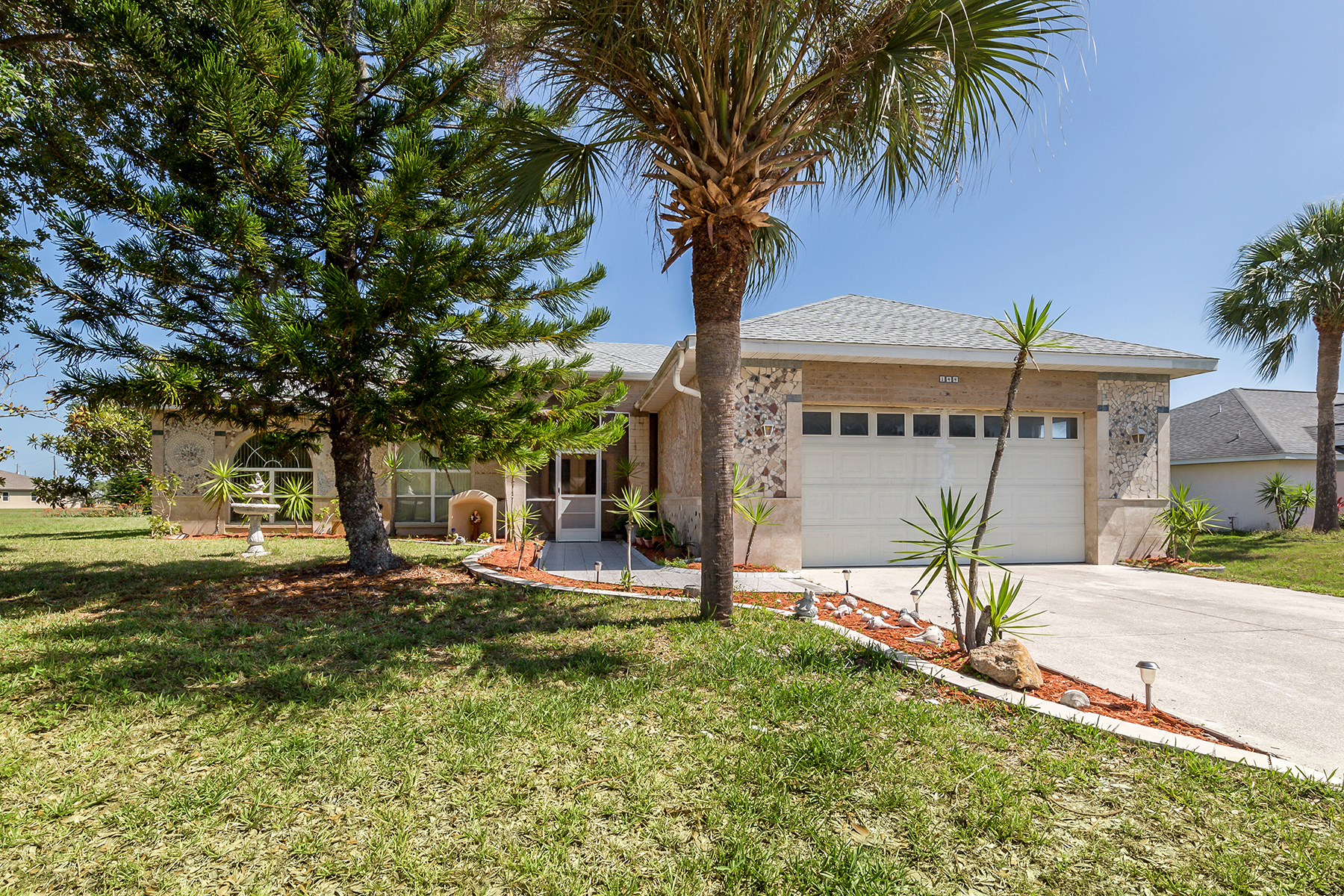 Single Family Homes for Active at ROTONDA WEST 144 Mariner Ln Rotonda West, Florida 33947 United States