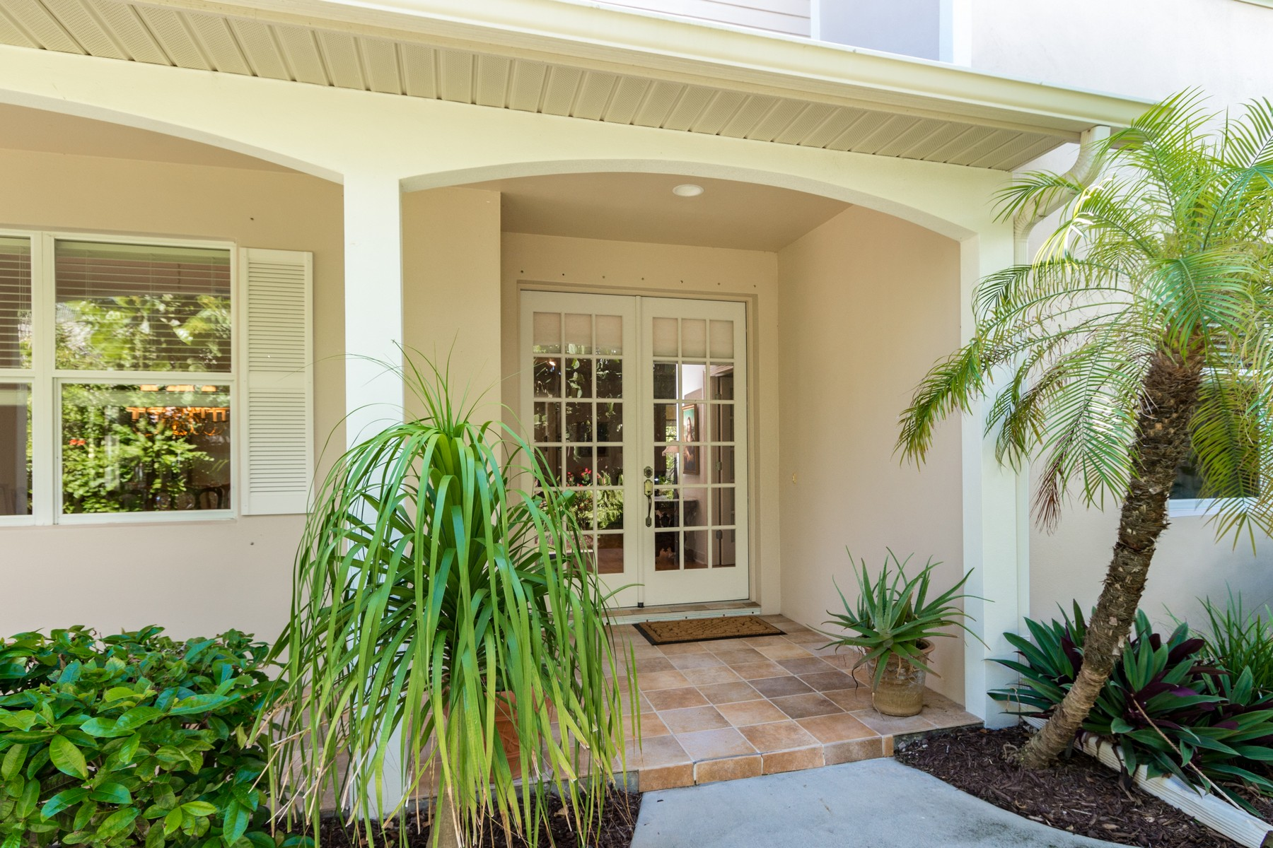 Additional photo for property listing at 205 Fourth Avenue  Melbourne Beach, Florida 32951 United States