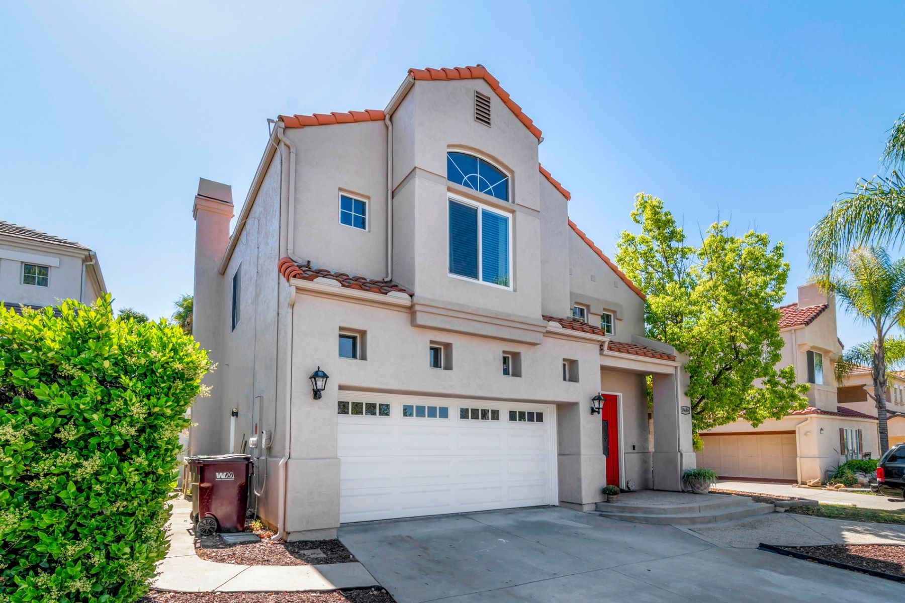 Single Family Homes for Active at Murrieta Beauty! 39686 Via Las Palmas Murrieta, California 92563 United States