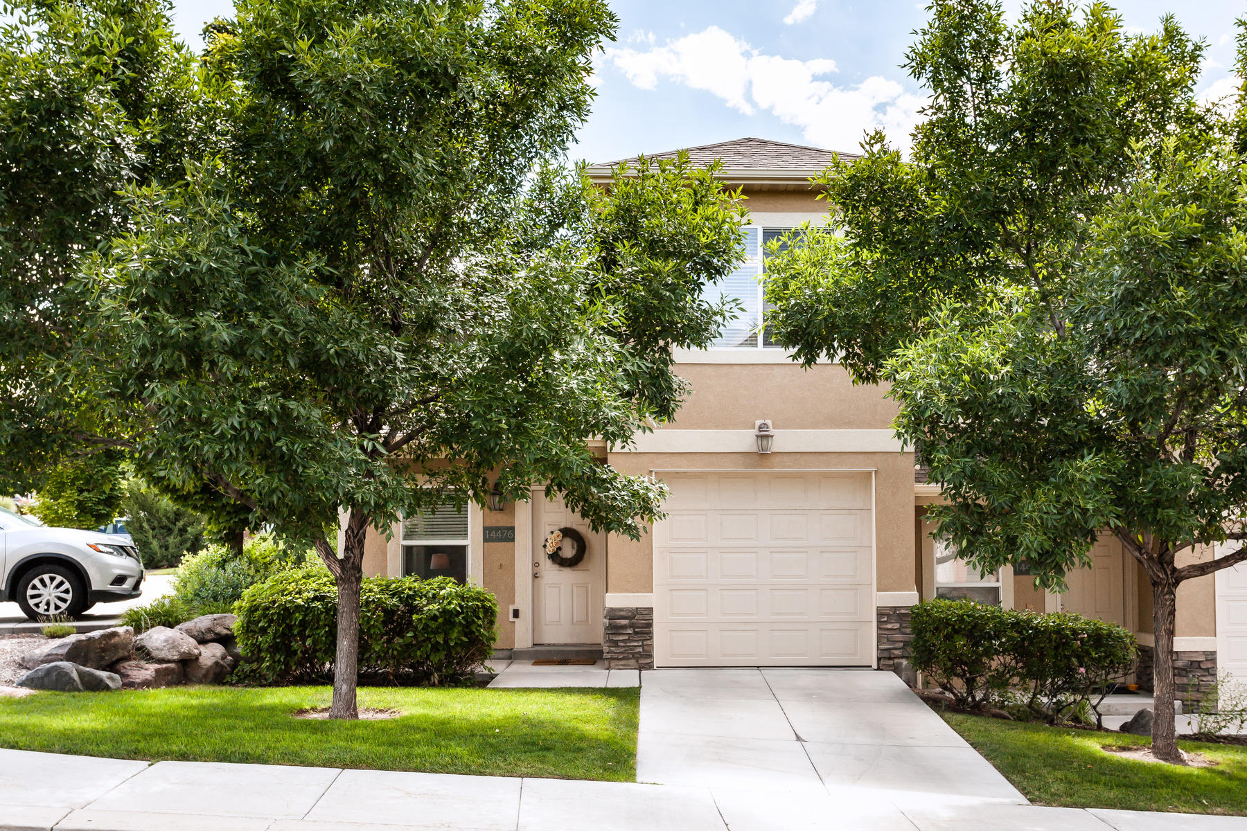 townhouses for Active at Completely Move-In Ready 14476 S Boulder Crest Dr Herriman, Utah 84096 United States