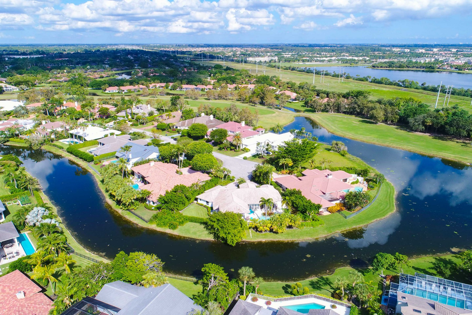 Single Family Home for Sale at 2288 Golf Brook Drive Wellington, Florida, 33414 United States