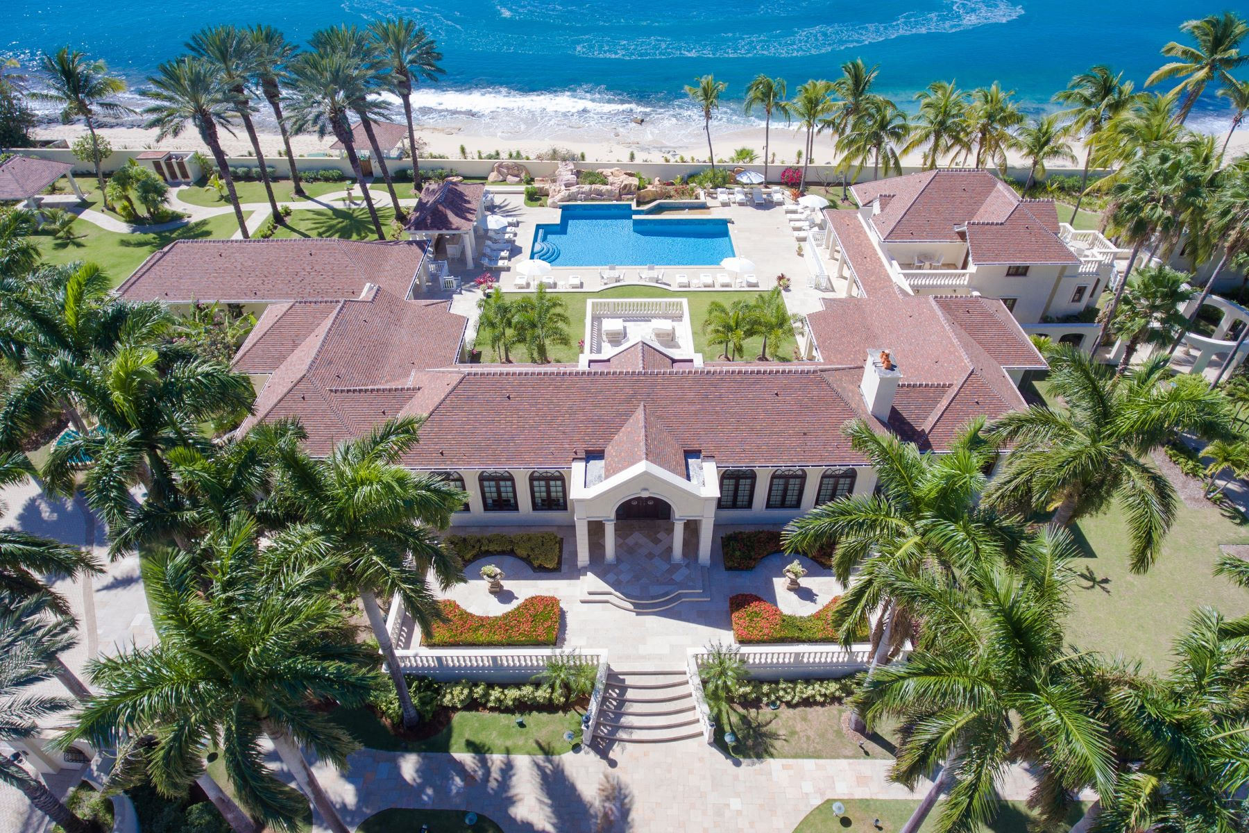 Additional photo for property listing at Château des Palmiers Château des Palmiers Terres Basses, Cities In Saint Martin 97150 St. Martin