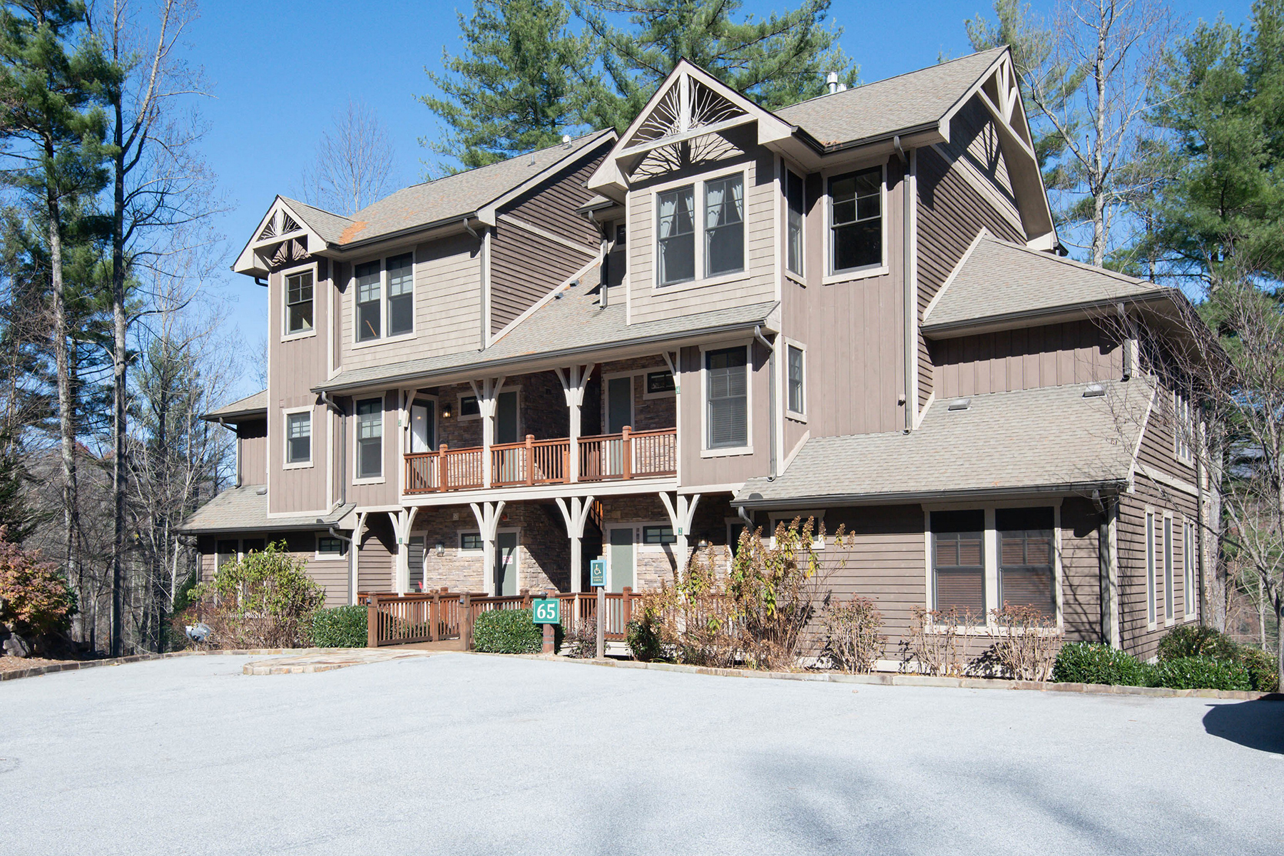 Condominiums for Sale at BEAR LAKE RESERVE 65 Southshore Dr Tuckasegee, North Carolina 28783 United States