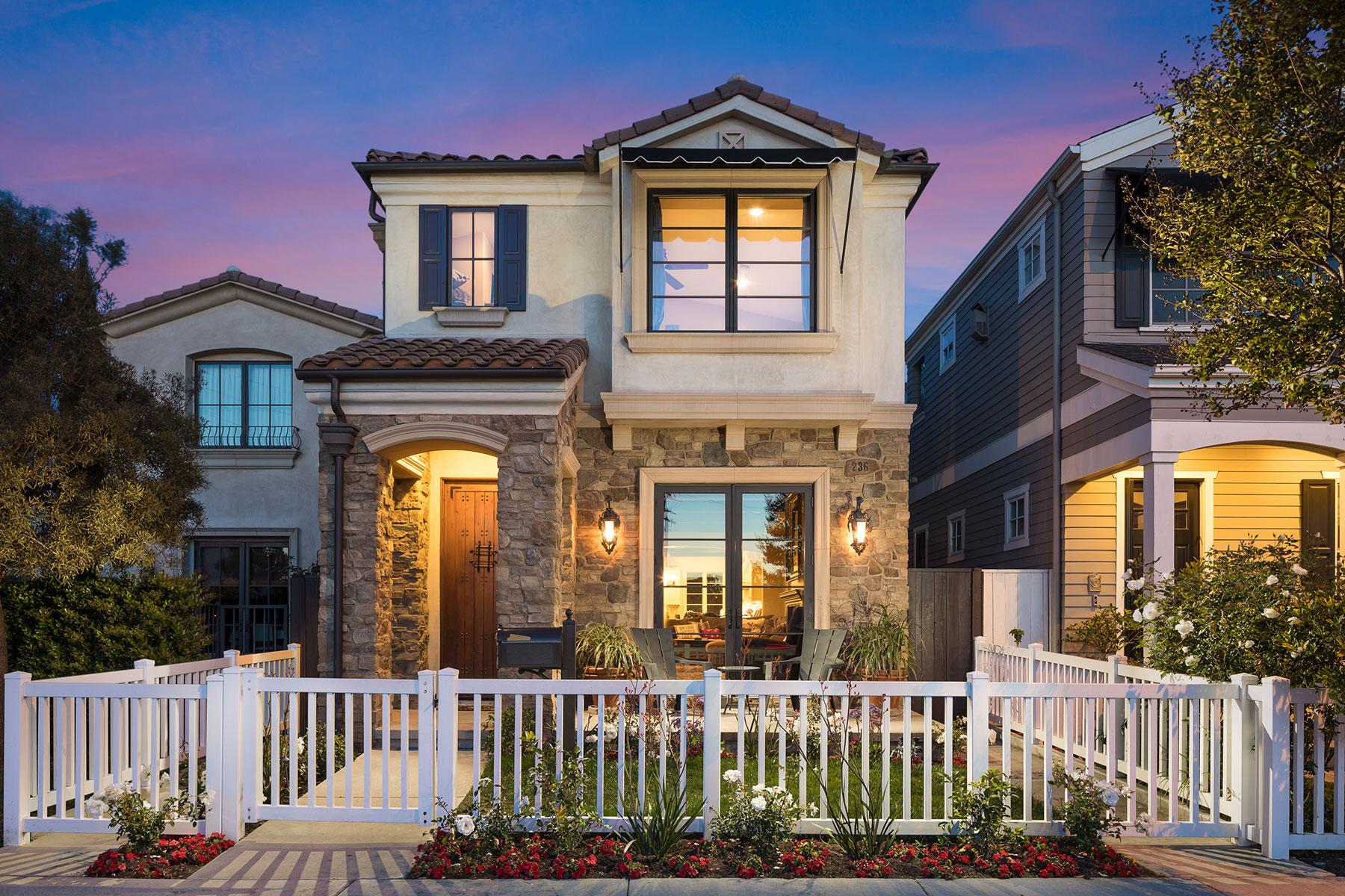 Casa Unifamiliar por un Venta en 236 4th Street Seal Beach, California 90740 Estados Unidos