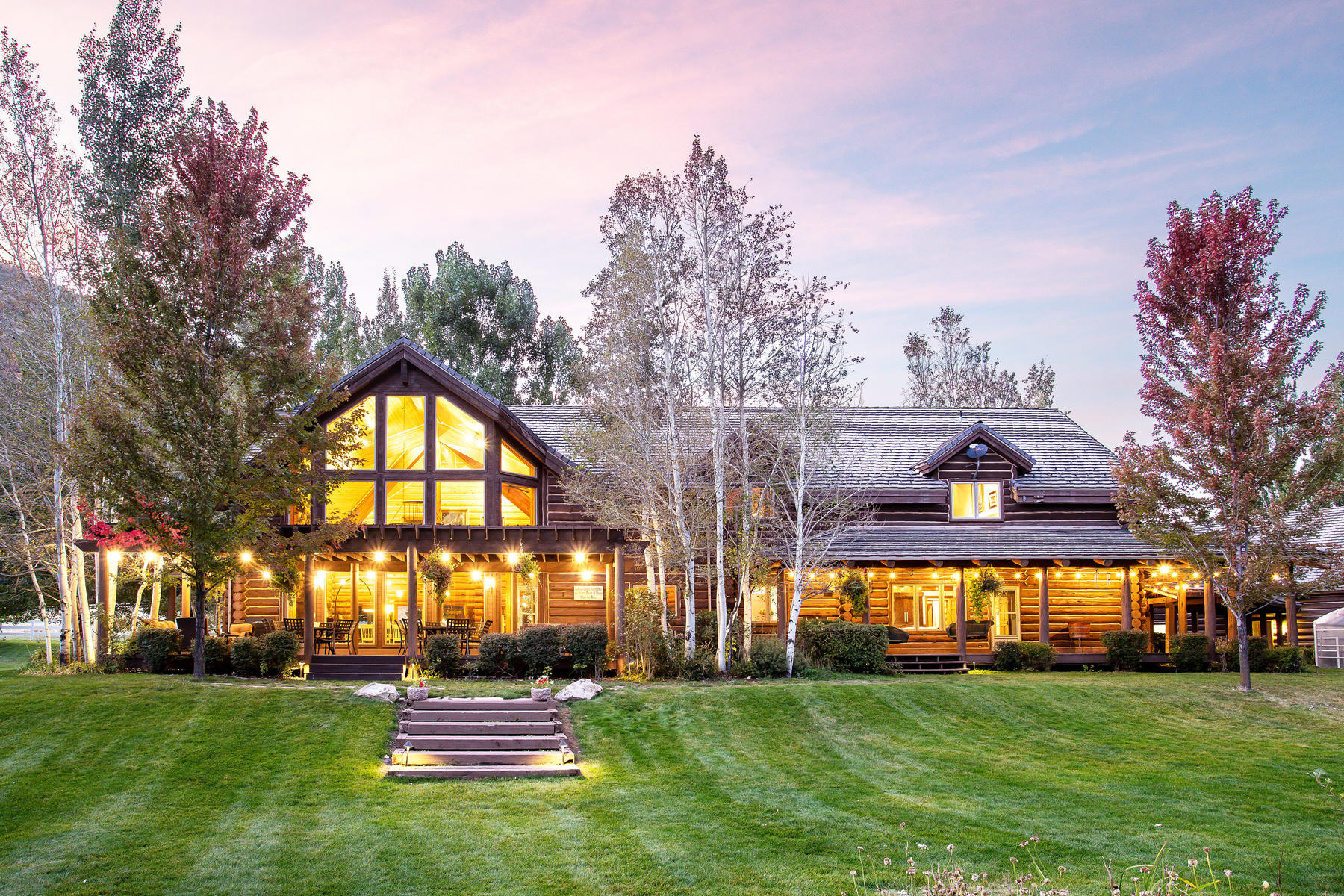Single Family Homes for Active at The Hobble Creek Lodge 693 Hobble Creek Canyon Springville, Utah 84663 United States