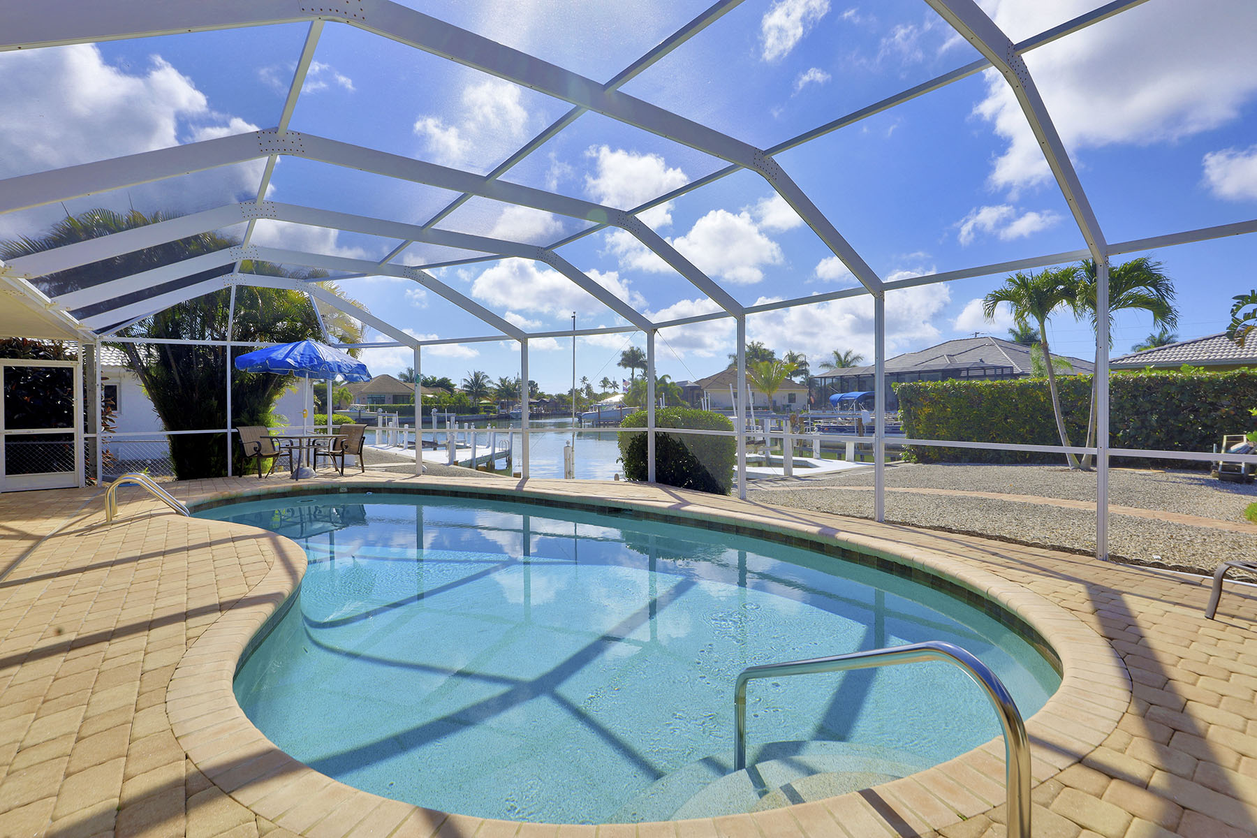 Single Family Homes for Sale at MARCO ISLAND 928 Sundrop Court, Marco Island, Florida 34145 United States