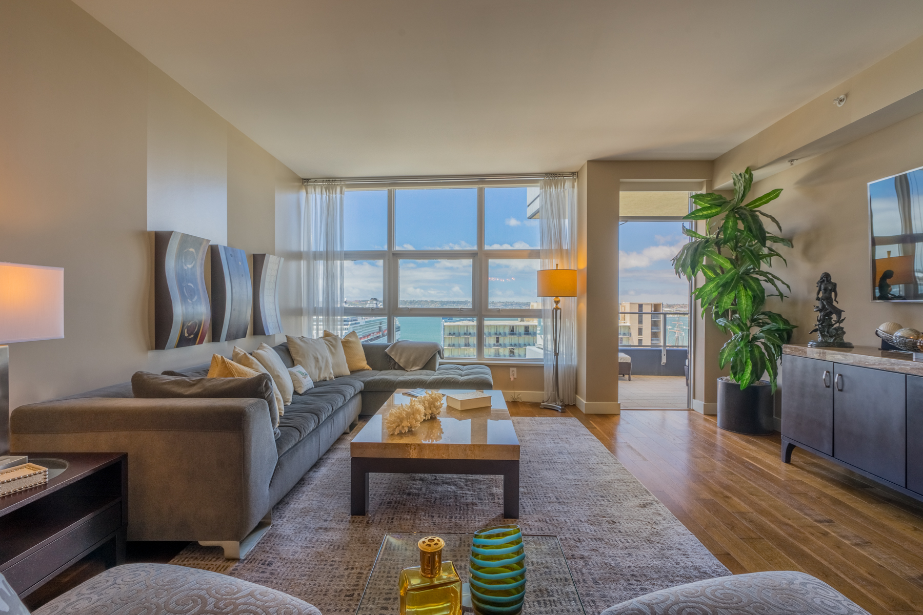 Condominium for Sale at Bayside 1325 Pacific Highway 1501, Columbia, San Diego, California, 92101 United States