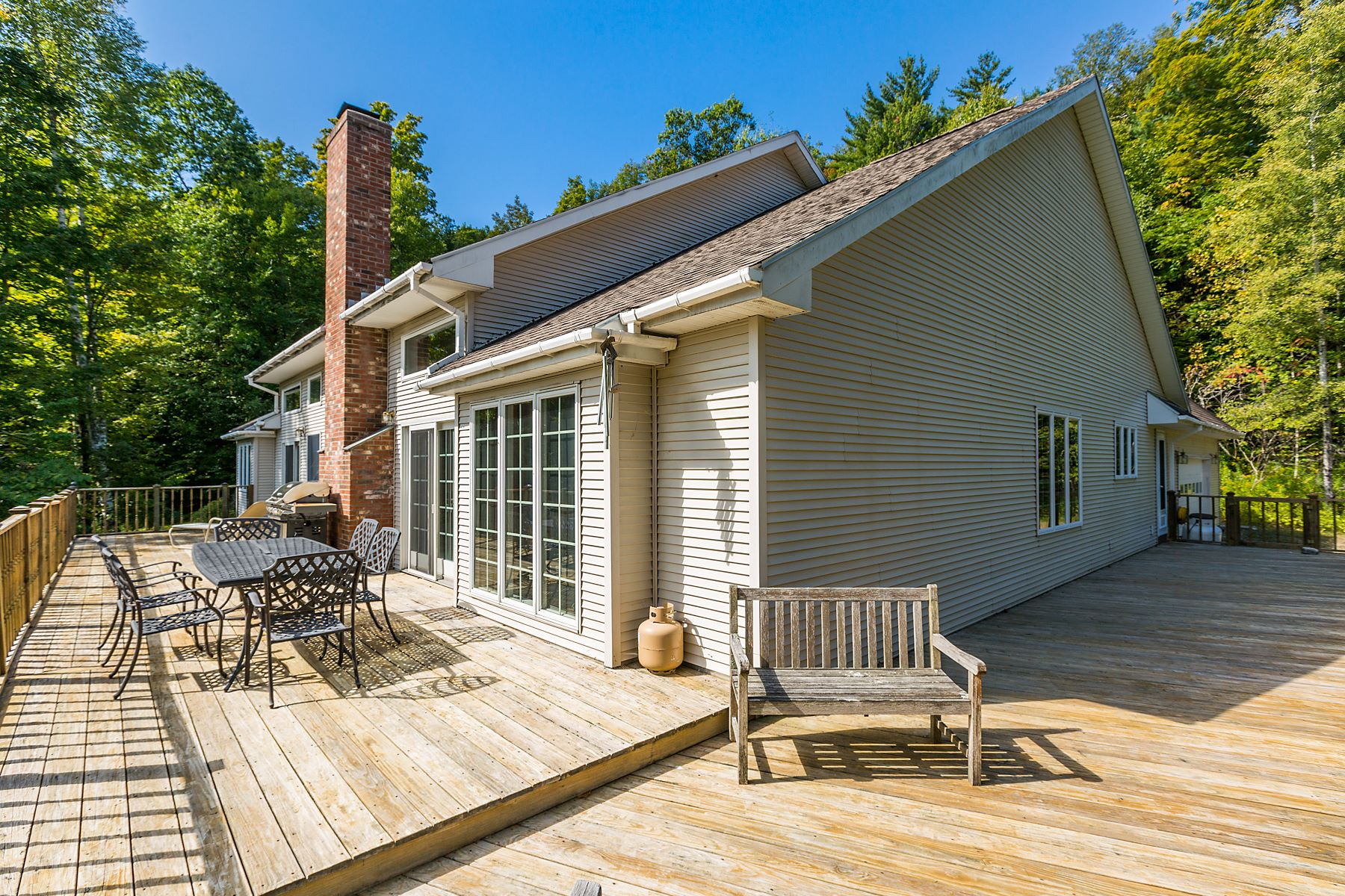 Single Family Homes for Sale at 206 Highland Woods Drive, Shaftsbury 206 Highland Woods Dr Shaftsbury, Vermont 05262 United States