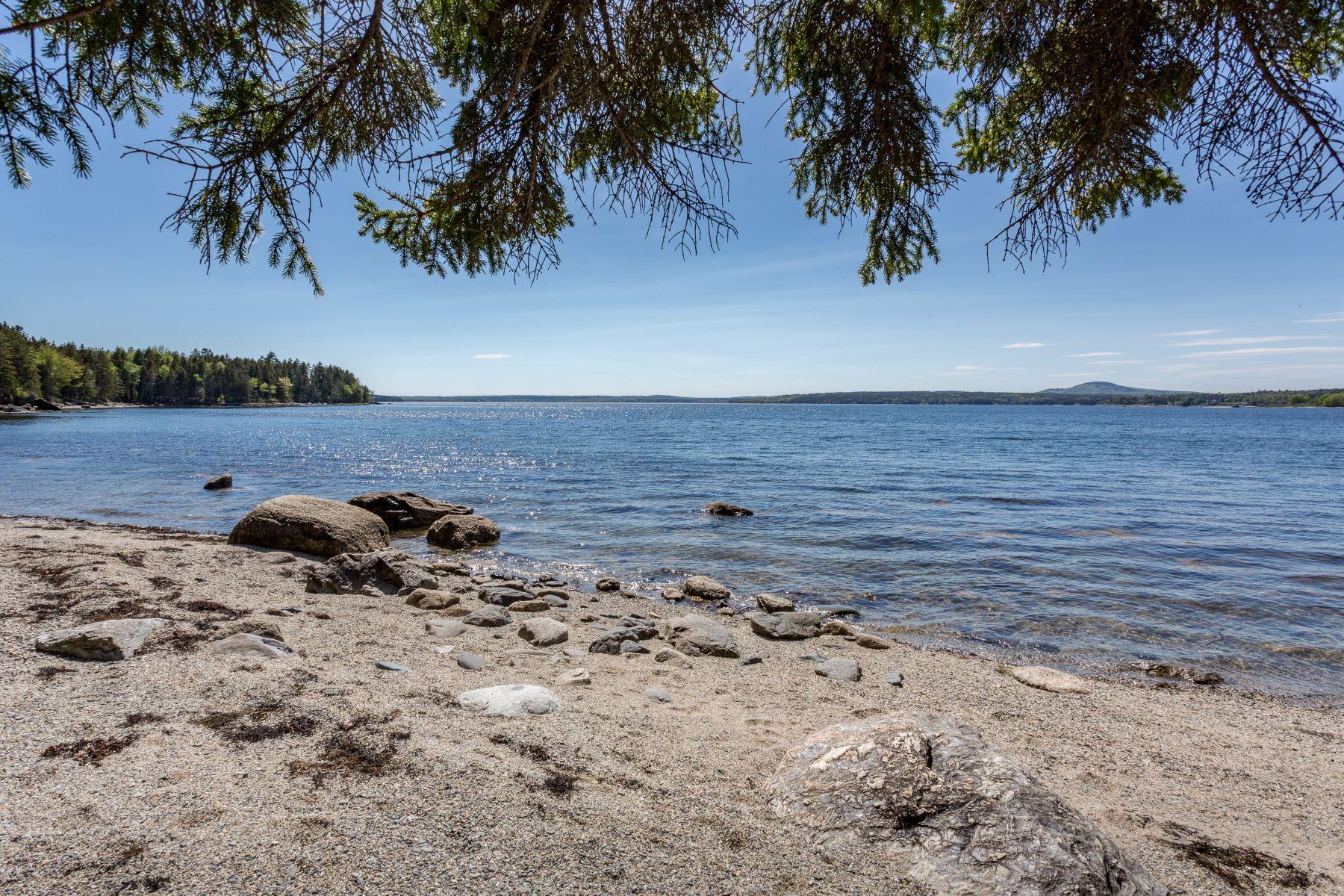 أراضي للـ Sale في Surry, Maine 04684 United States