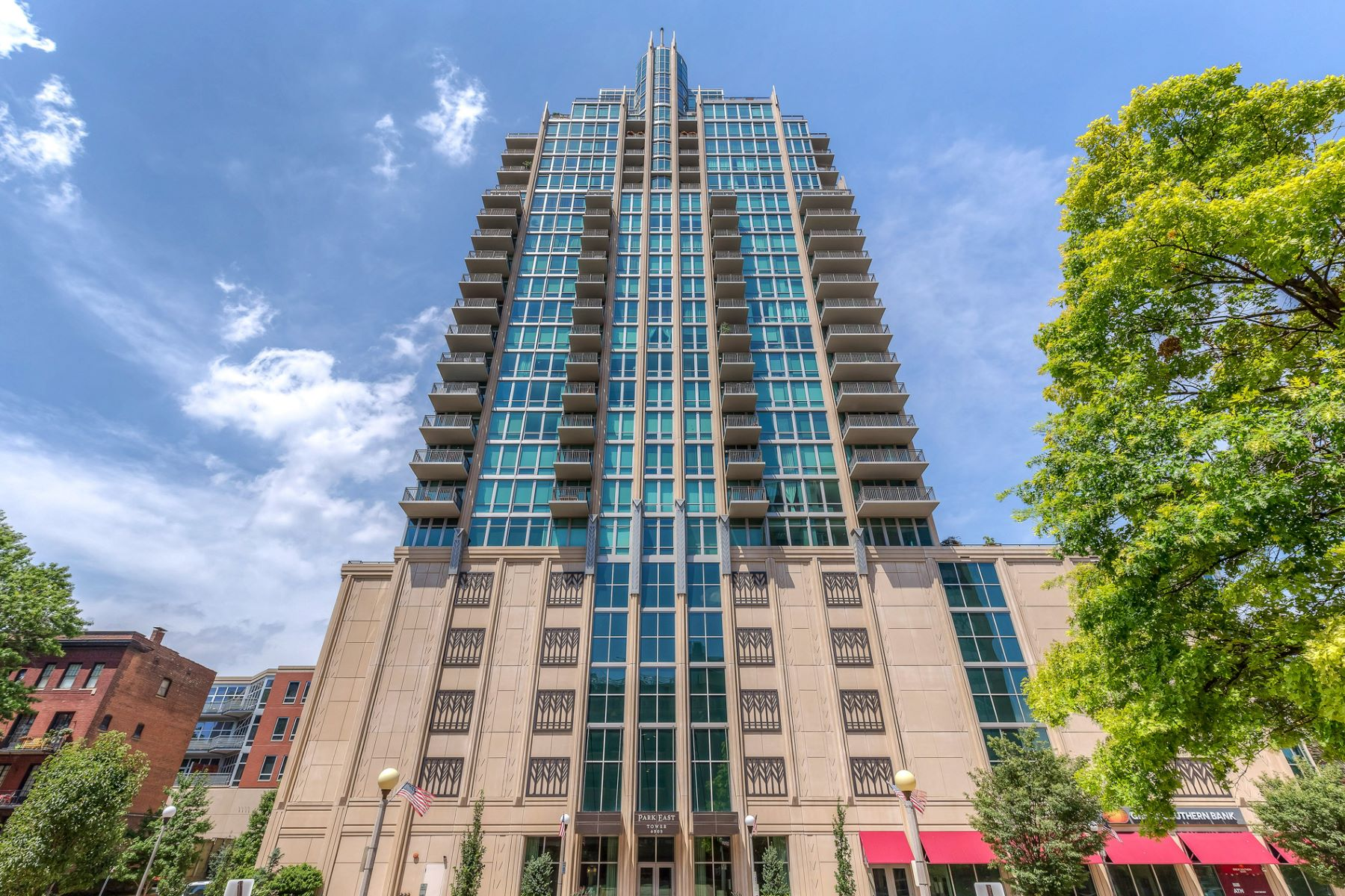 Condominium for Rent at Laclede Ave 4909 Laclede Ave # 1605 St. Louis, Missouri 63108 United States