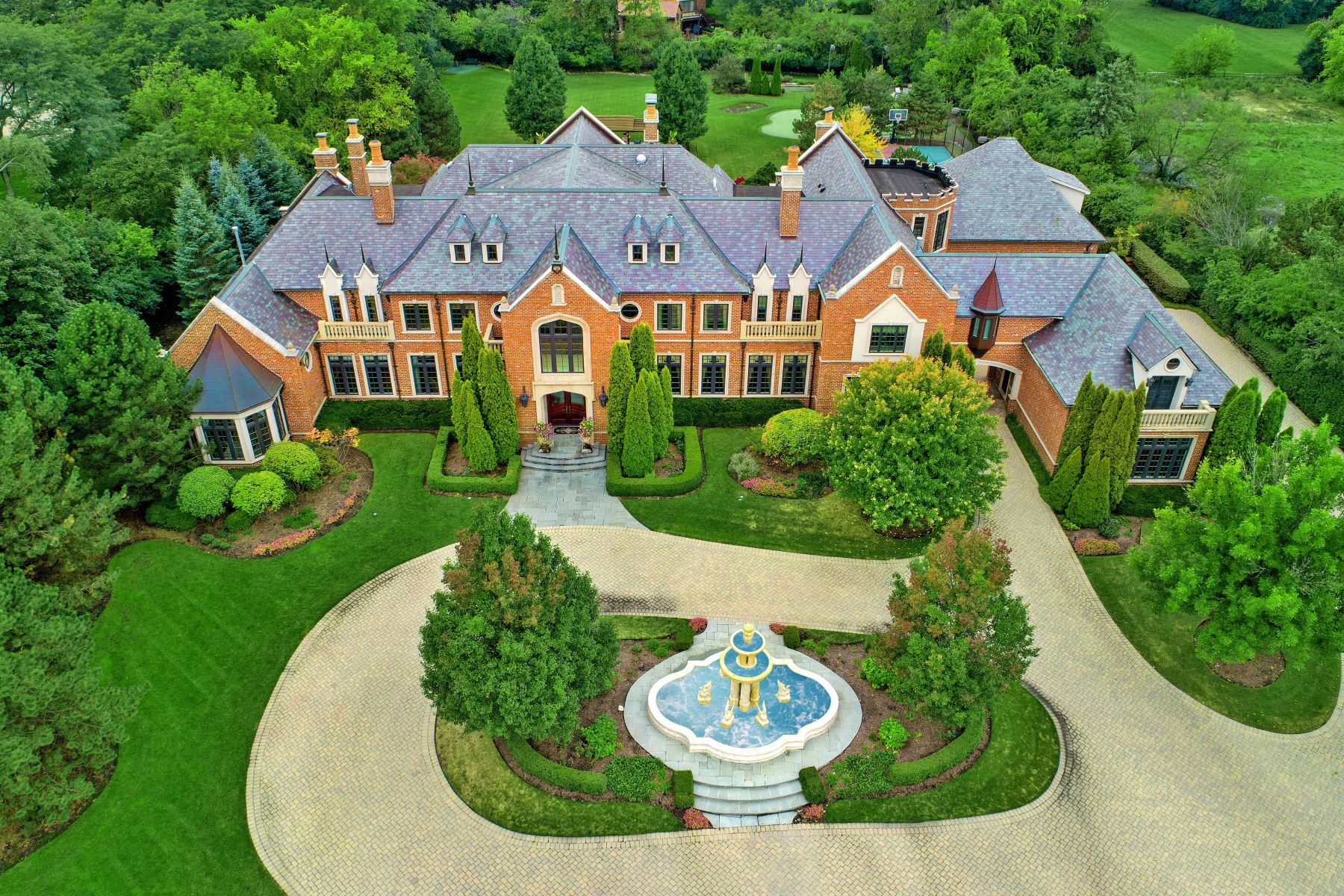 Single Family Homes for Active at Private Estate in Oak Brook Illinois Oak Brook, Illinois 60523 United States