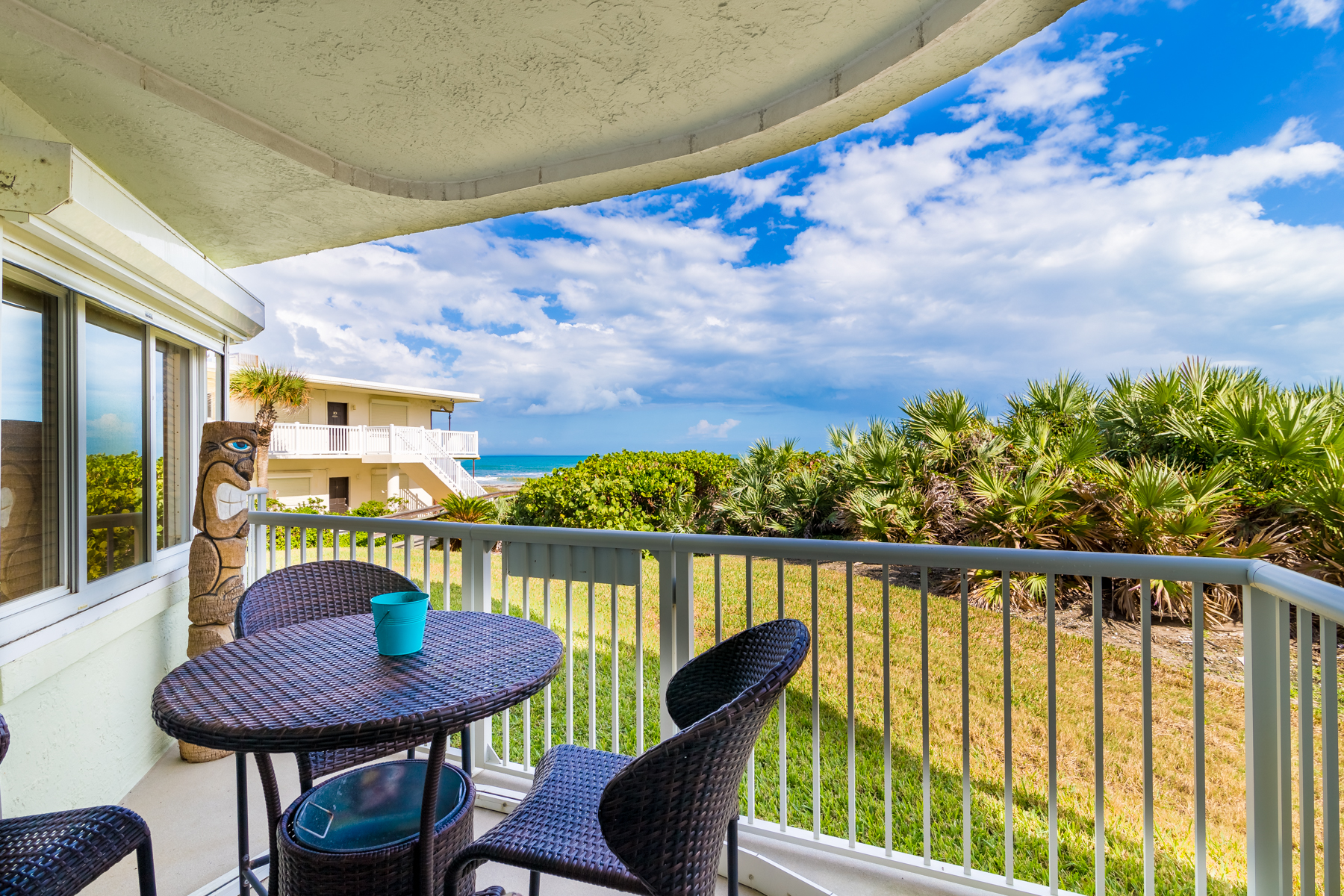 Additional photo for property listing at Casa Playa 3031 South Atlantic Avenue #102 Cocoa Beach, Florida 32931 United States