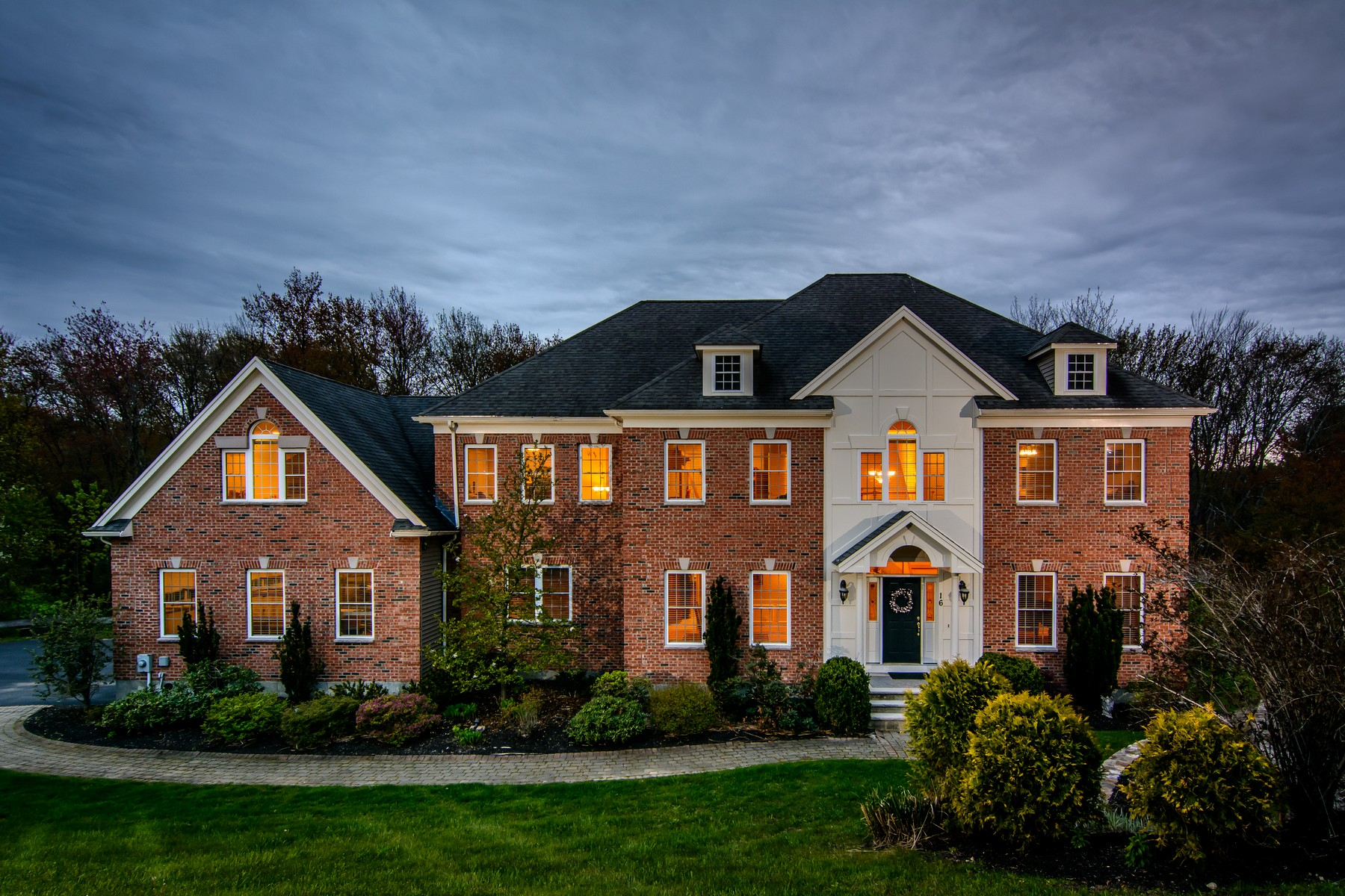 Single Family Homes for Active at Gorgeous, Meticulously Kept Colonial Home 16 Arrowhead Lane Westborough, Massachusetts 01581 United States