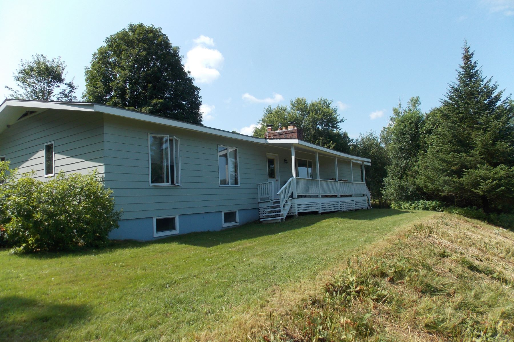 Single Family Homes for Sale at 33 Timshel Drive, Cambridge 33 Timshel Dr Cambridge, Vermont 05464 United States