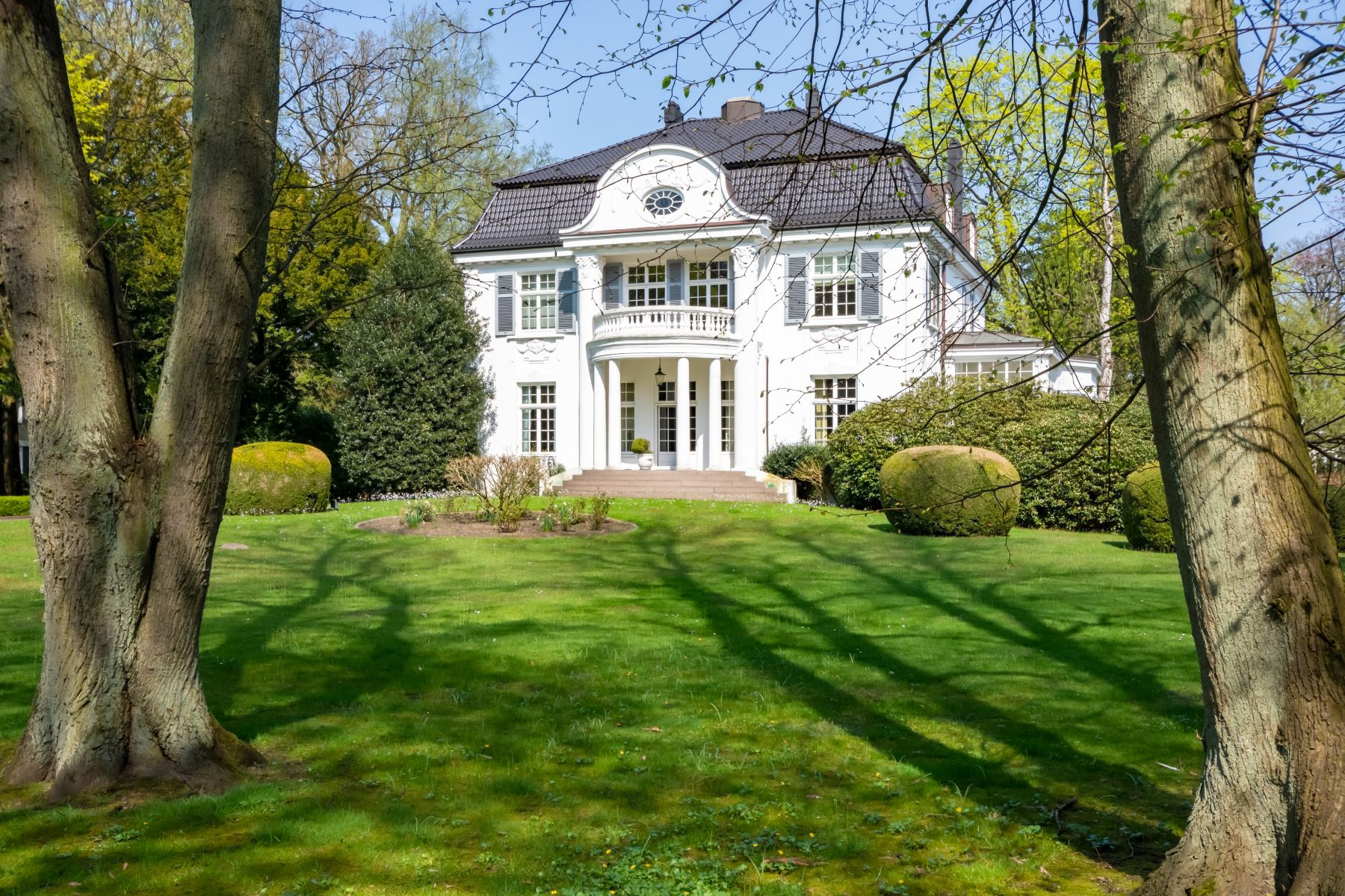Single Family Home for Sale at Neo-classical villa for the highest demands Elbchaussee 454 Hamburg, Hamburg 22587 Germany