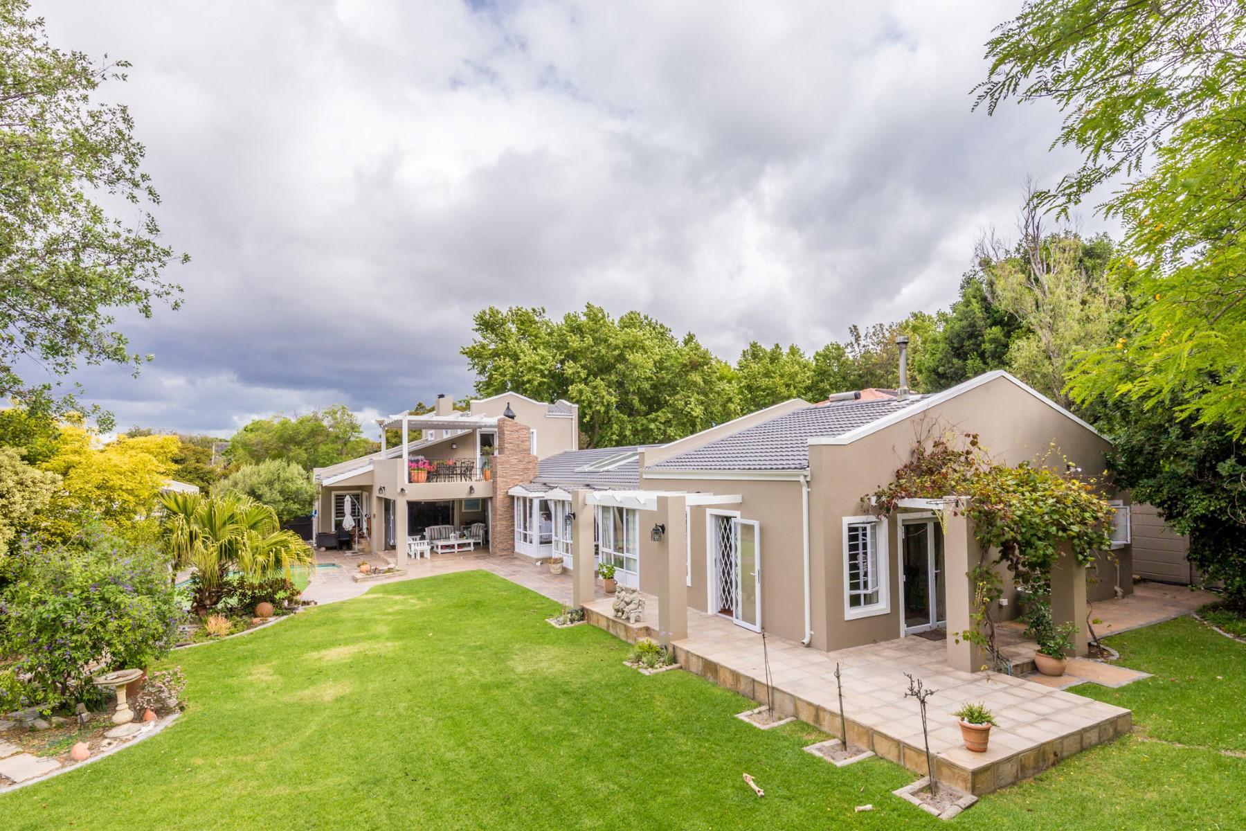 独户住宅 为 销售 在 Tokai 开普敦, 西开普省, 7806 南非