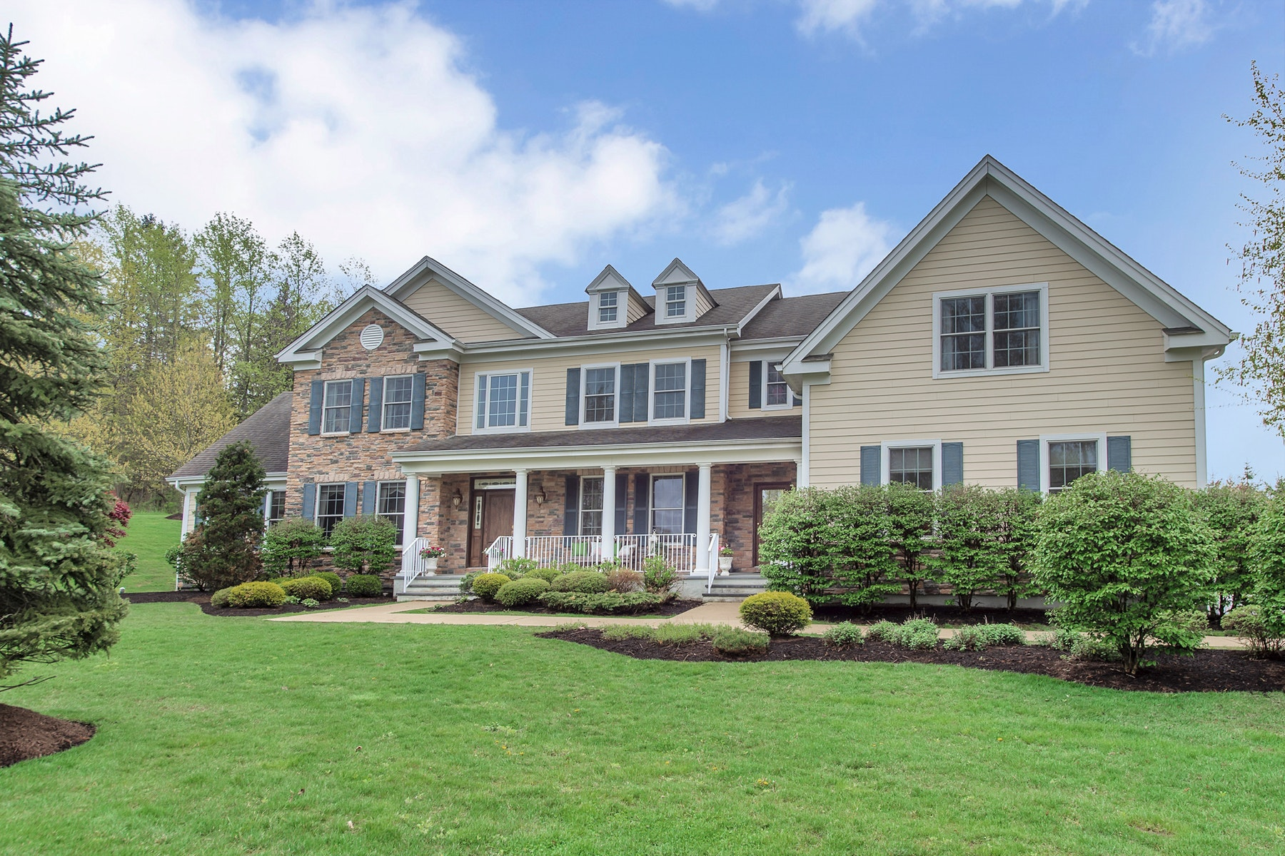Single Family Homes for Sale at Exceptional in Every Way 18 Arbor Road North Caldwell, New Jersey 07006 United States