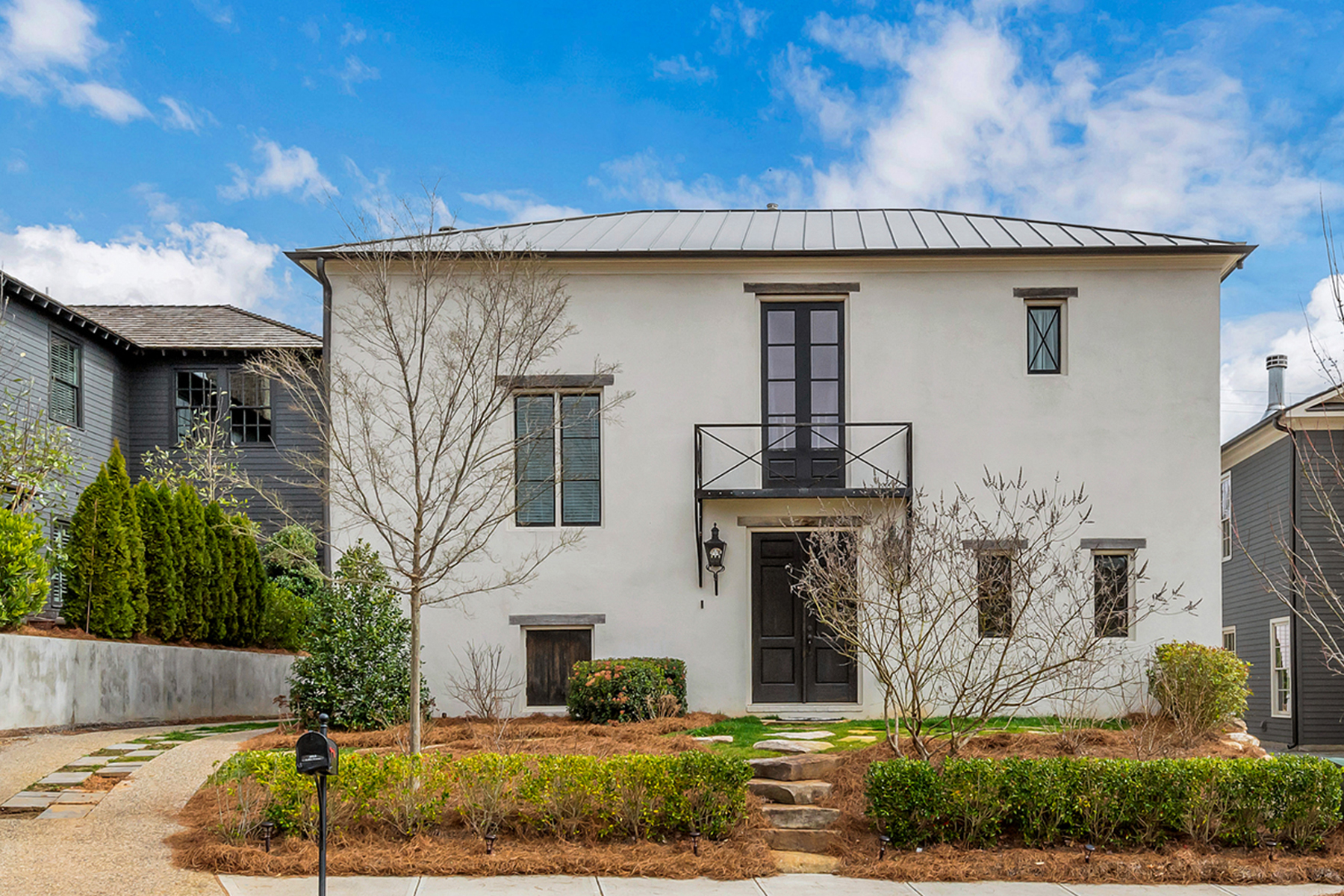 Single Family Homes для того Продажа на Custom European Inspired Home In Vickery 6915 Colfax Avenue, Cumming, Джорджия 30040 Соединенные Штаты