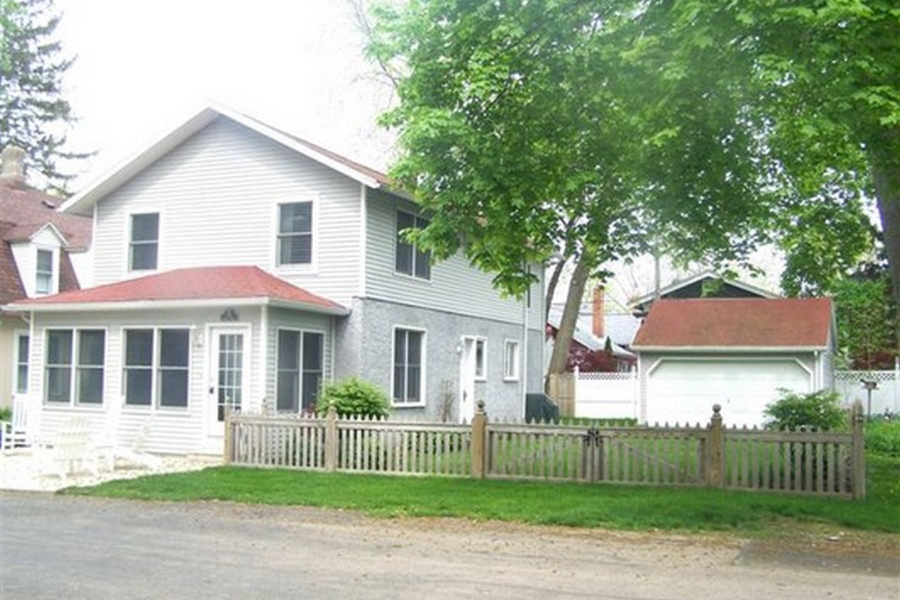 Single Family Home for Sale at 153 Laurel Avenue 153 Laurel Avenue Lakeside, Ohio 43440 United States
