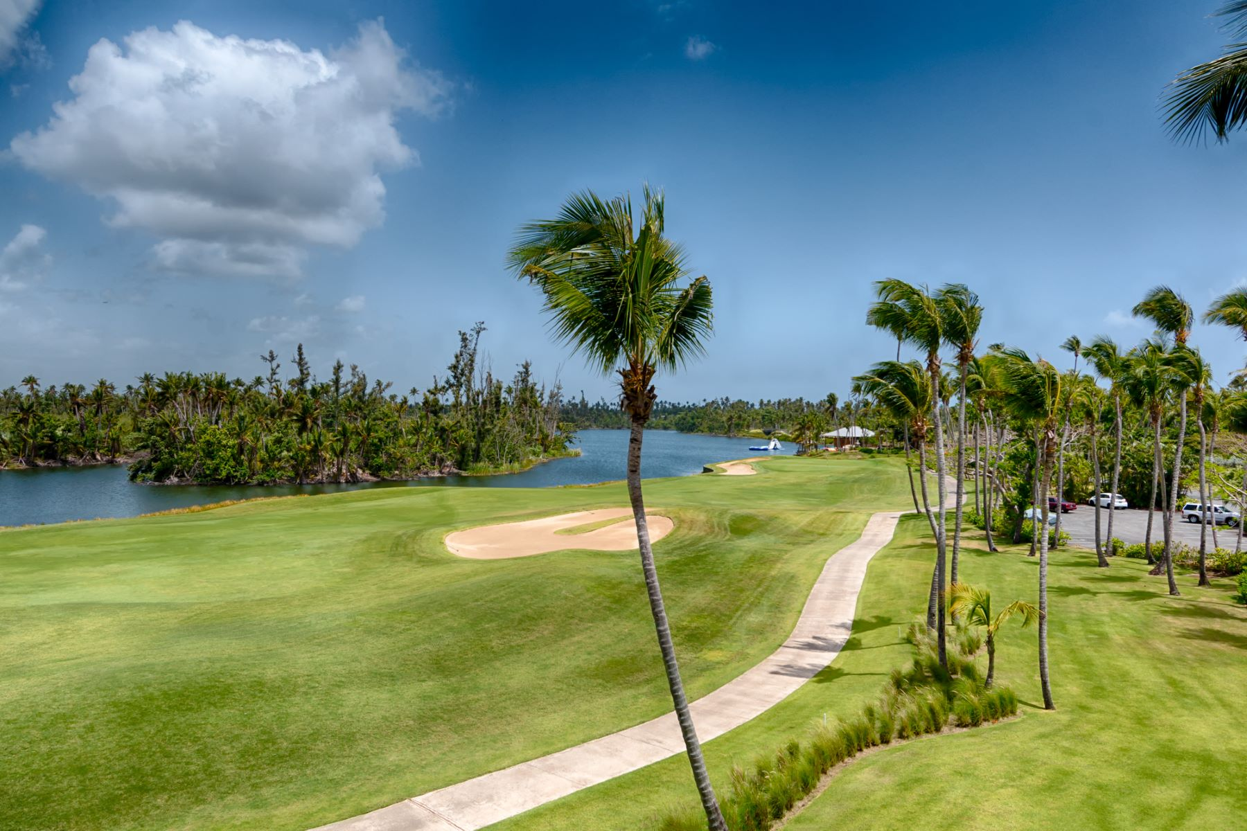 Additional photo for property listing at Ground Level Lakefront Villa 1102 Las Verandas Bahia Beach, 00745 Puerto Rico