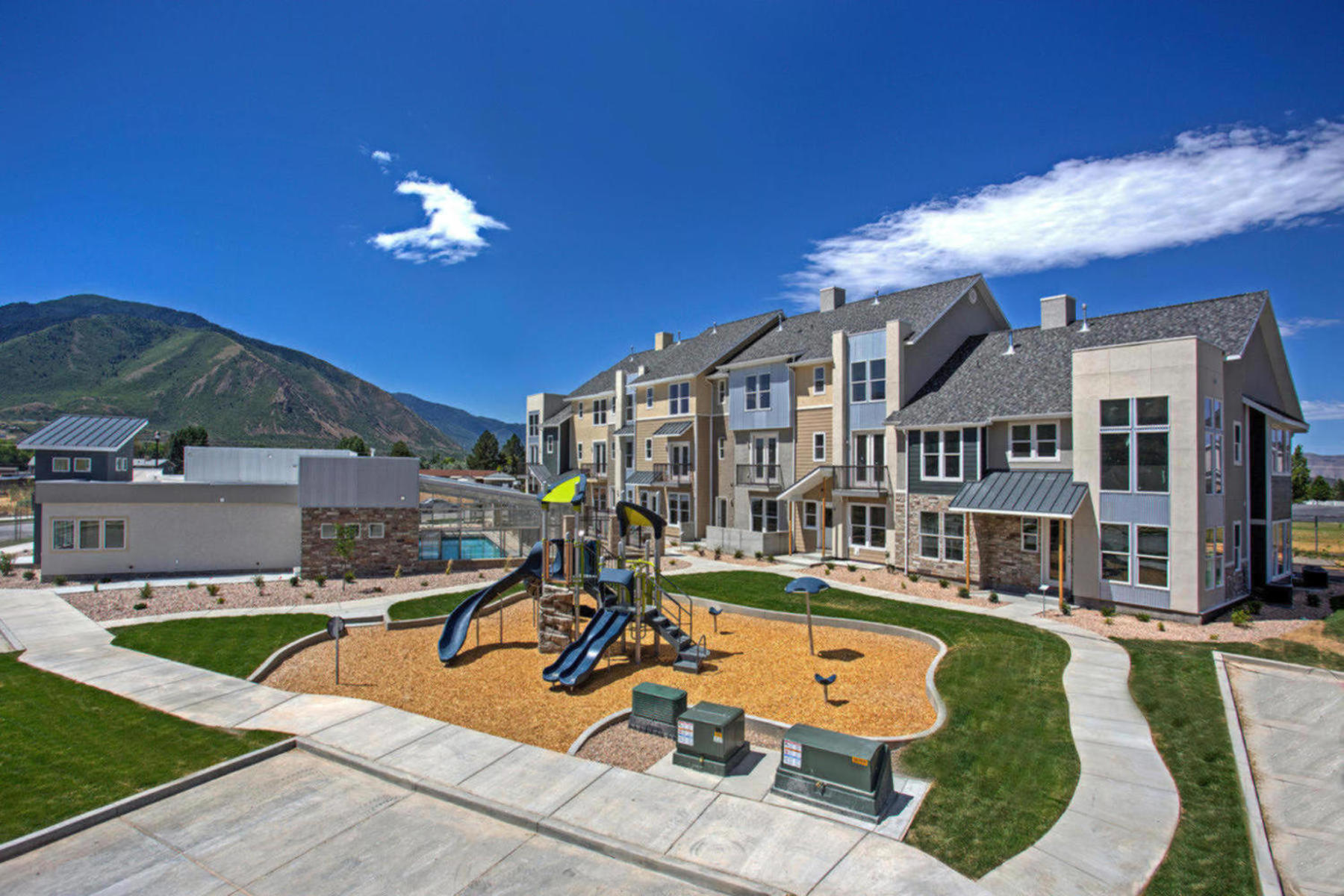 townhouses için Satış at The Manhattan Unit 31 at The Ridge at Spanish Fork 872 South 2560 East, #31, Spanish Fork, Utah 84660 Amerika Birleşik Devletleri