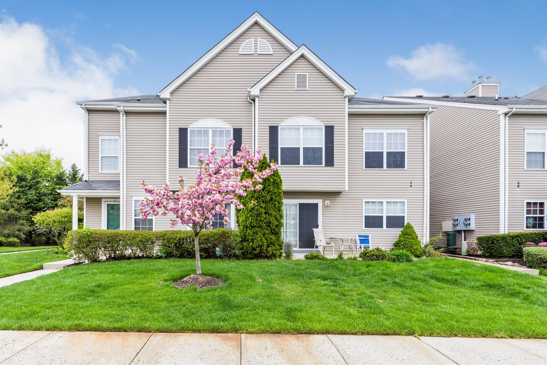 townhouses للـ Sale في Park Place II 3 Saint Paul Court, Tinton Falls, New Jersey 07712 United States