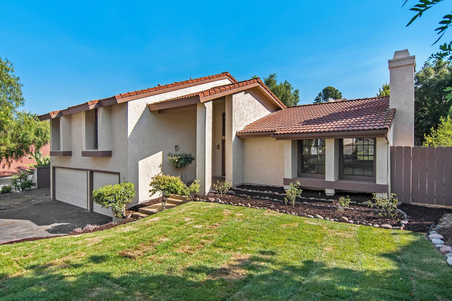 独户住宅 为 销售 在 431 Avenida Adobe 埃斯孔迪多, 加利福尼亚州, 92029 美国