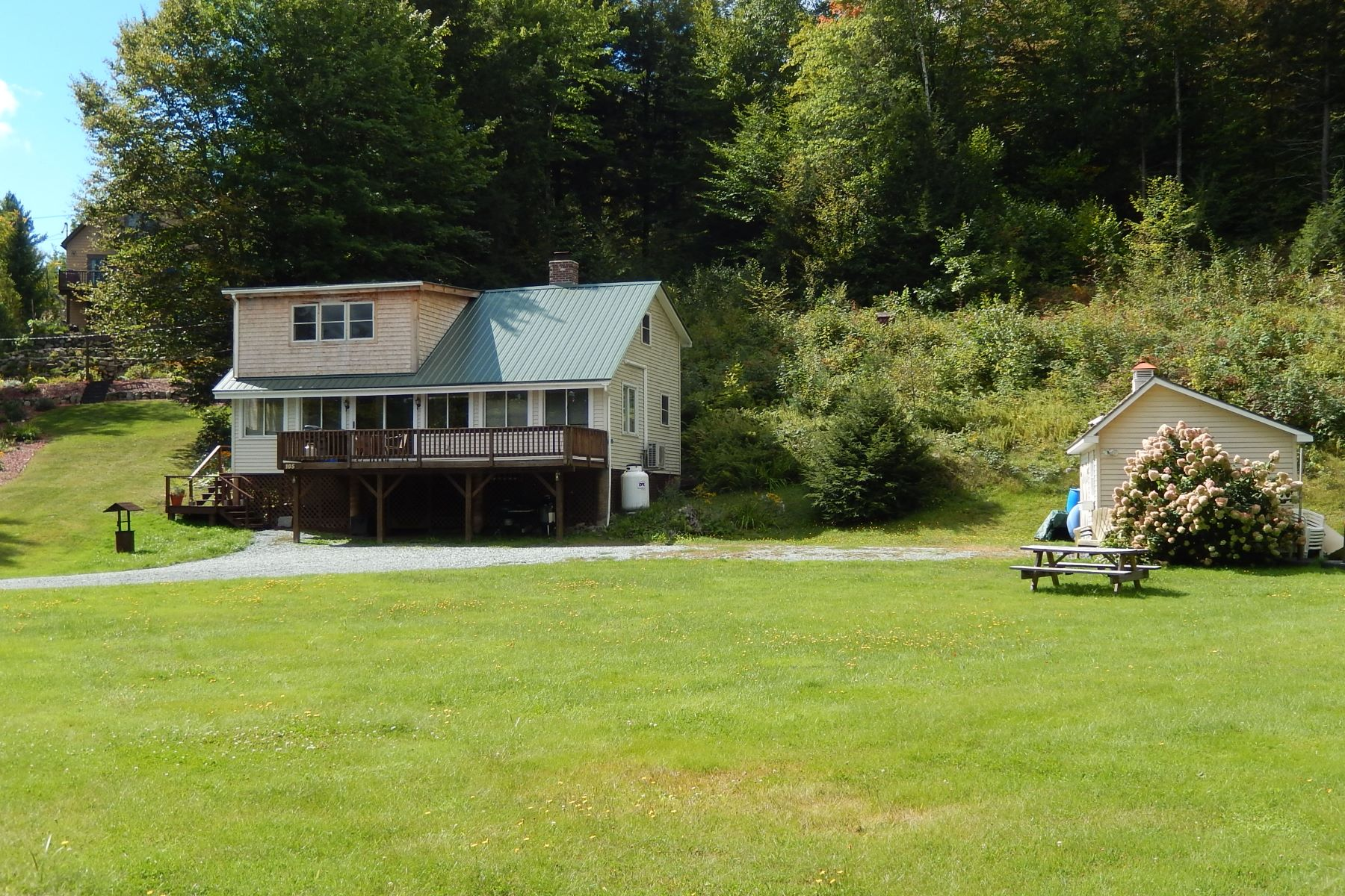 single family homes for Sale at 105 Ellis Lane, Newbury 105 Ellis Ln Newbury, Vermont 05051 United States