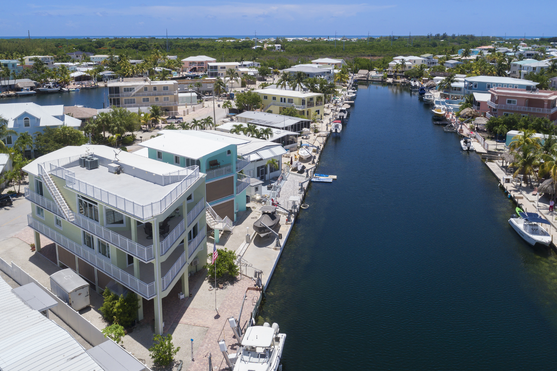 Additional photo for property listing at Desirable Waterfront Location 153 Westminster Drive Key Largo, Φλοριντα 33037 Ηνωμενεσ Πολιτειεσ