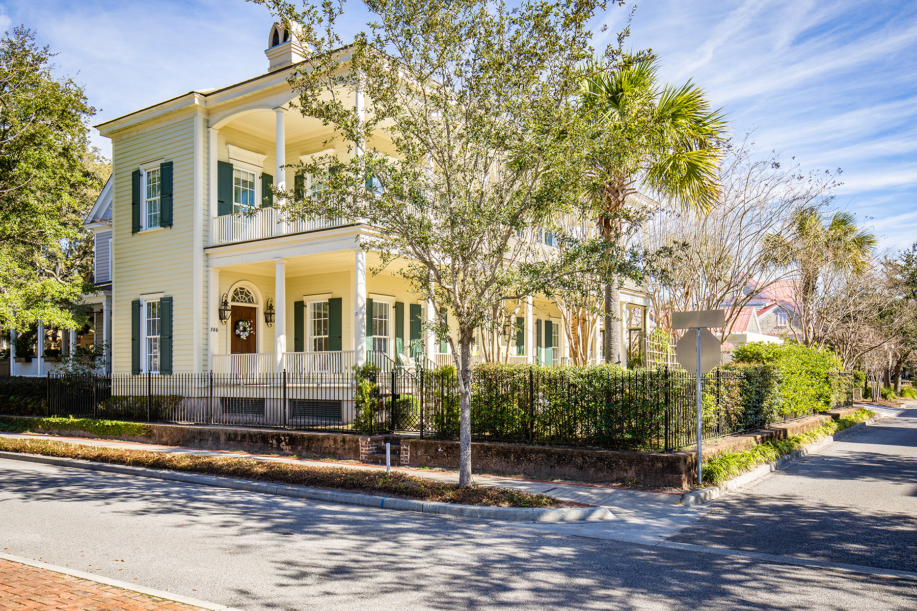 Single Family Homes for Active at Majestic Lowcountry-Style Home in I'On 186 N Shelmore Boulevard Mount Pleasant, South Carolina 29464 United States