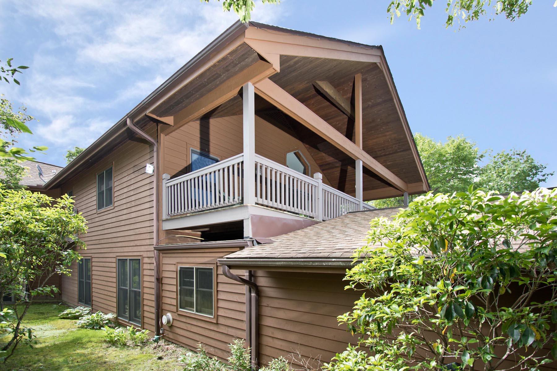 Частный односемейный дом для того Продажа на 196 Scenic Drive 196 Scenic Drive Dillard, Джорджия 30537 Соединенные Штаты