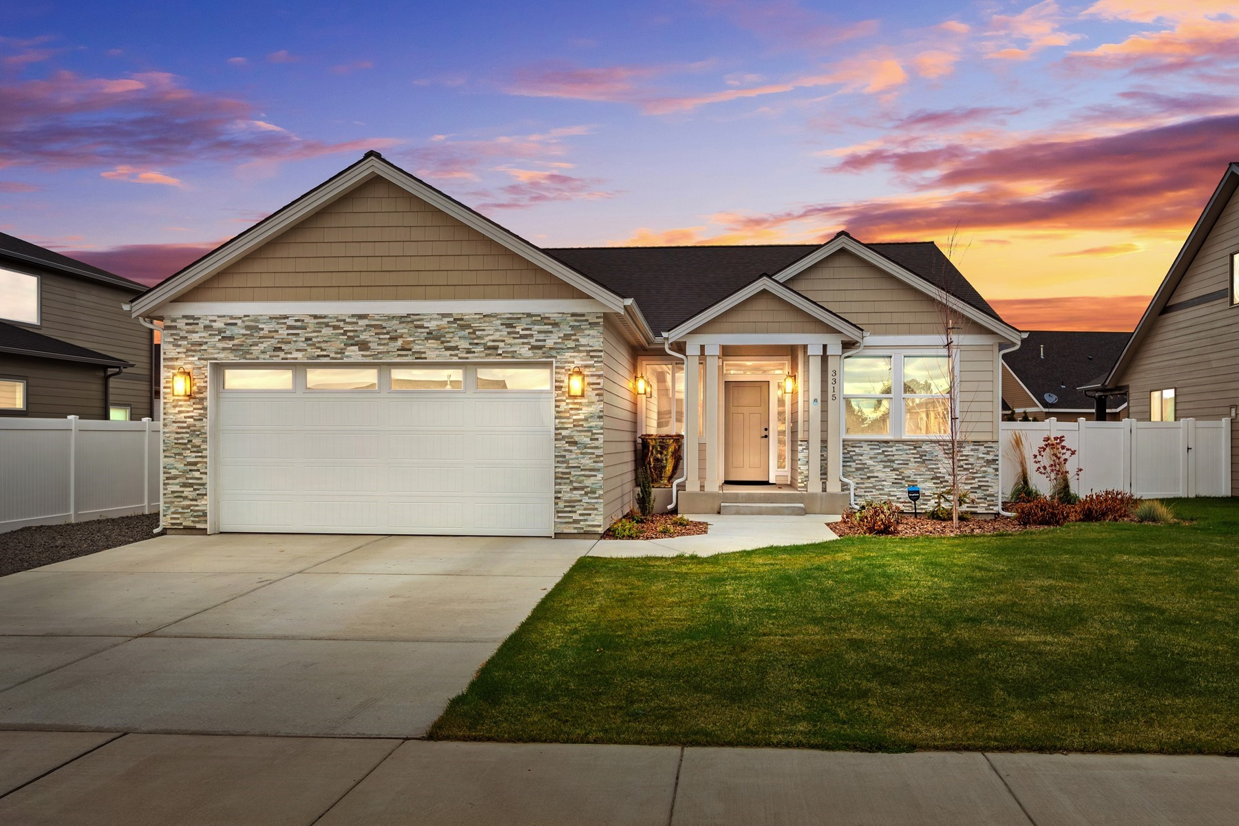 Single Family Homes for Sale at Single Level Hayden Beauty 3315 W Giovanni Ln Hayden, Idaho 83835 United States
