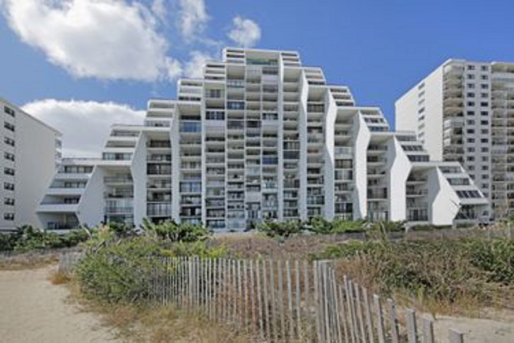 Appartement en copropriété pour l Vente à 9500 Coastal Highway Pths, Ocean City, Maryland 9500 Coastal Highway Pths Ocean City, Maryland 2184 États-Unis