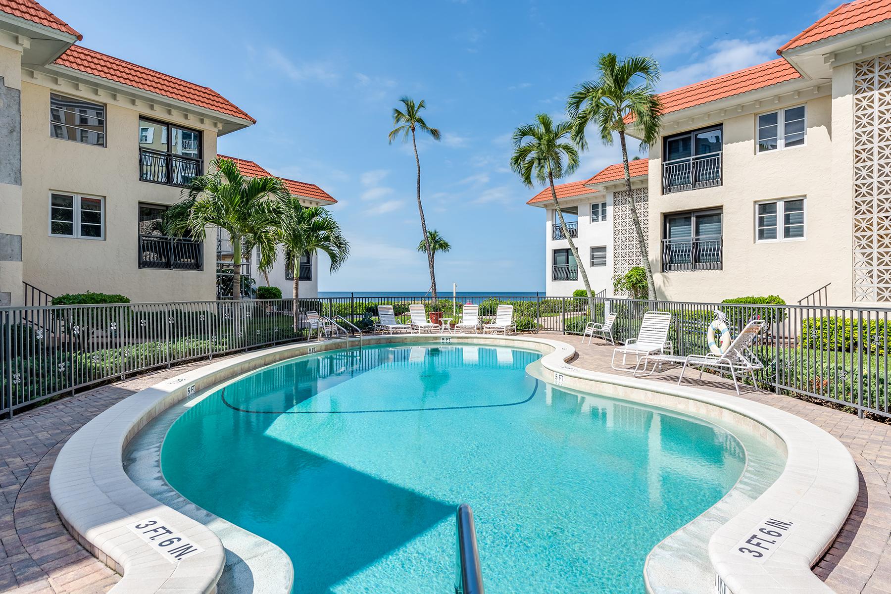 Condominio per Vendita alle ore Naples 3333 Gulf Shore Blvd N 103 Naples, Florida 34103 Stati Uniti
