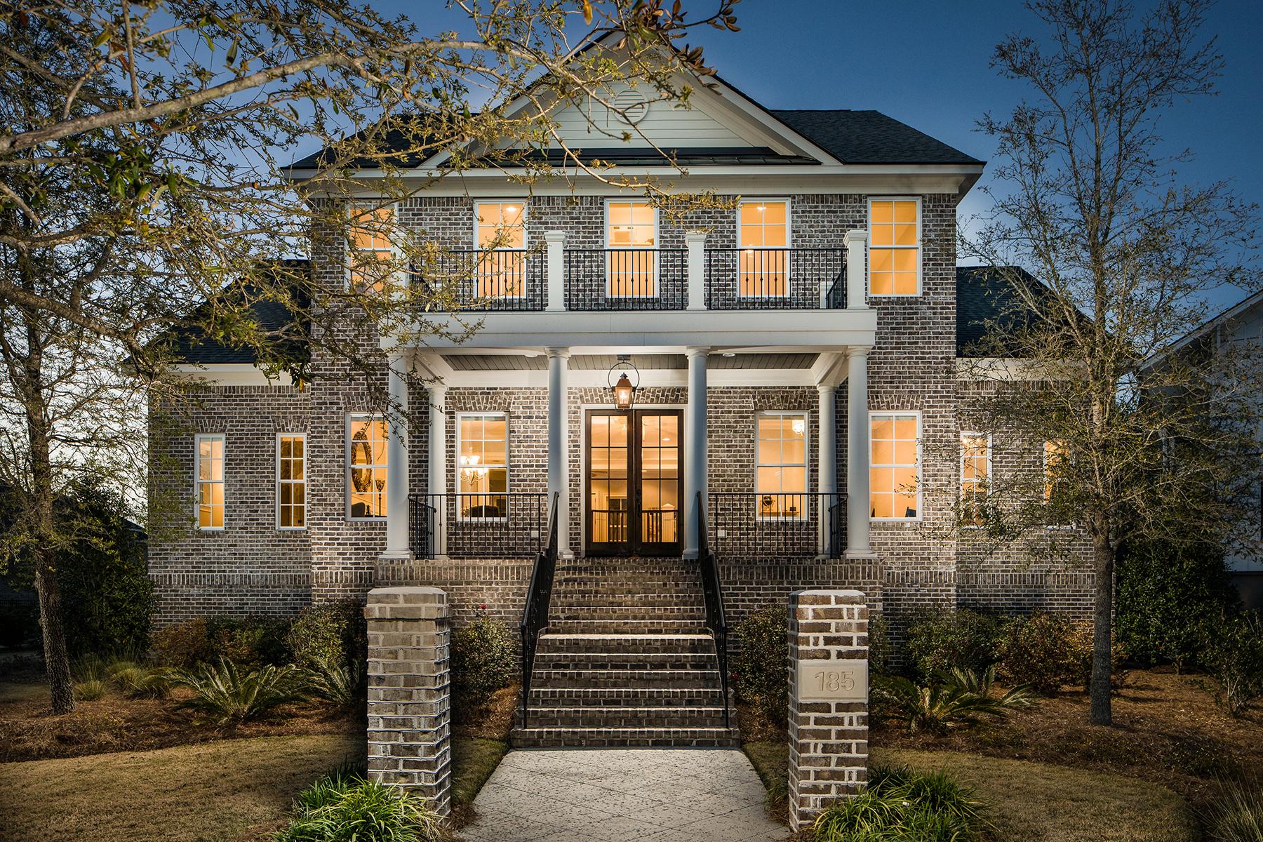 独户住宅 为 销售 在 185 River Green Place 查尔斯顿, 南卡罗来纳州, 29492 美国