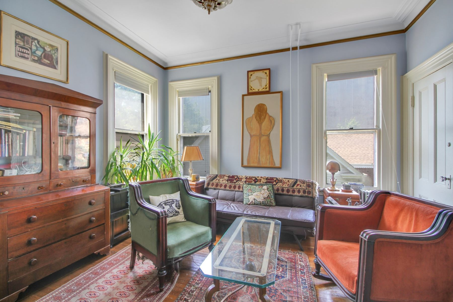 Additional photo for property listing at Grand Victorian Mansion 7 Kensington Ave, Jersey City, New Jersey 07304 Stati Uniti
