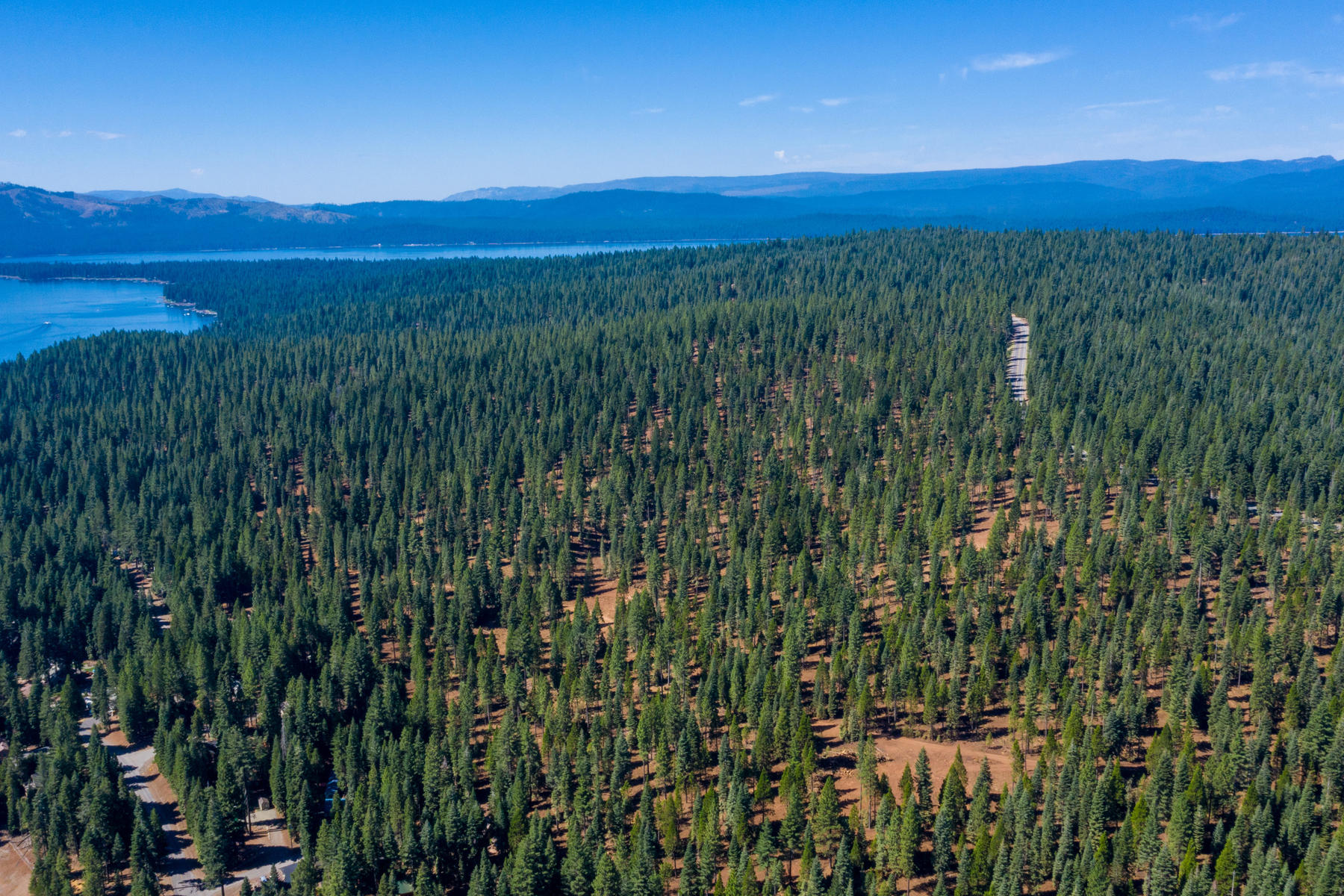 Terreno por un Venta en 103-02 Clifford Drive Lake Almanor, California 96137 103-02 Clifford Drive Lake Almanor, California 96137 Estados Unidos