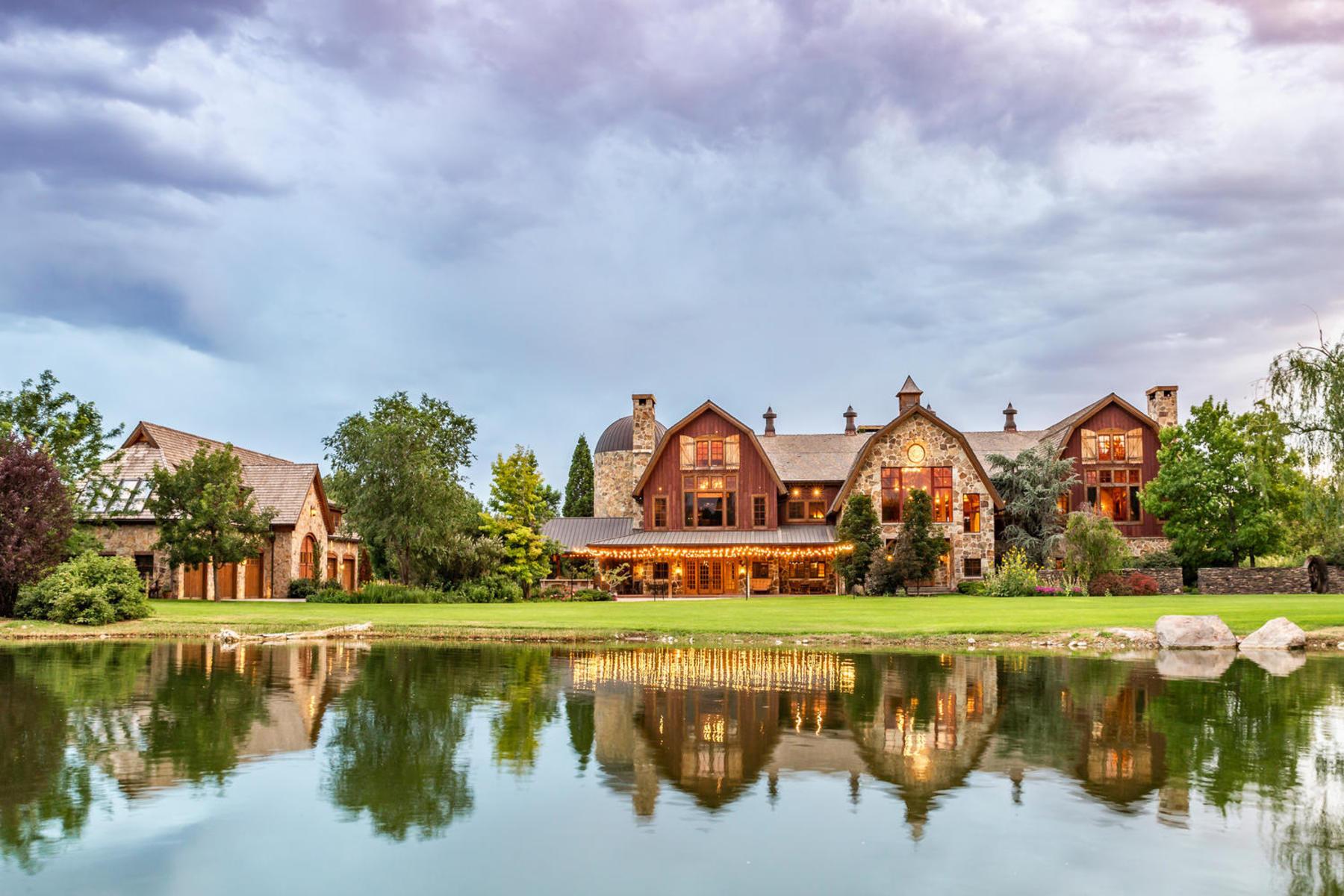 Single Family Homes vì Bán tại Stunning Private Residence and Recreational Facility on Nearly Twenty Acres 1709 S Geneva Rd, Orem, Utah 84058 Hoa Kỳ