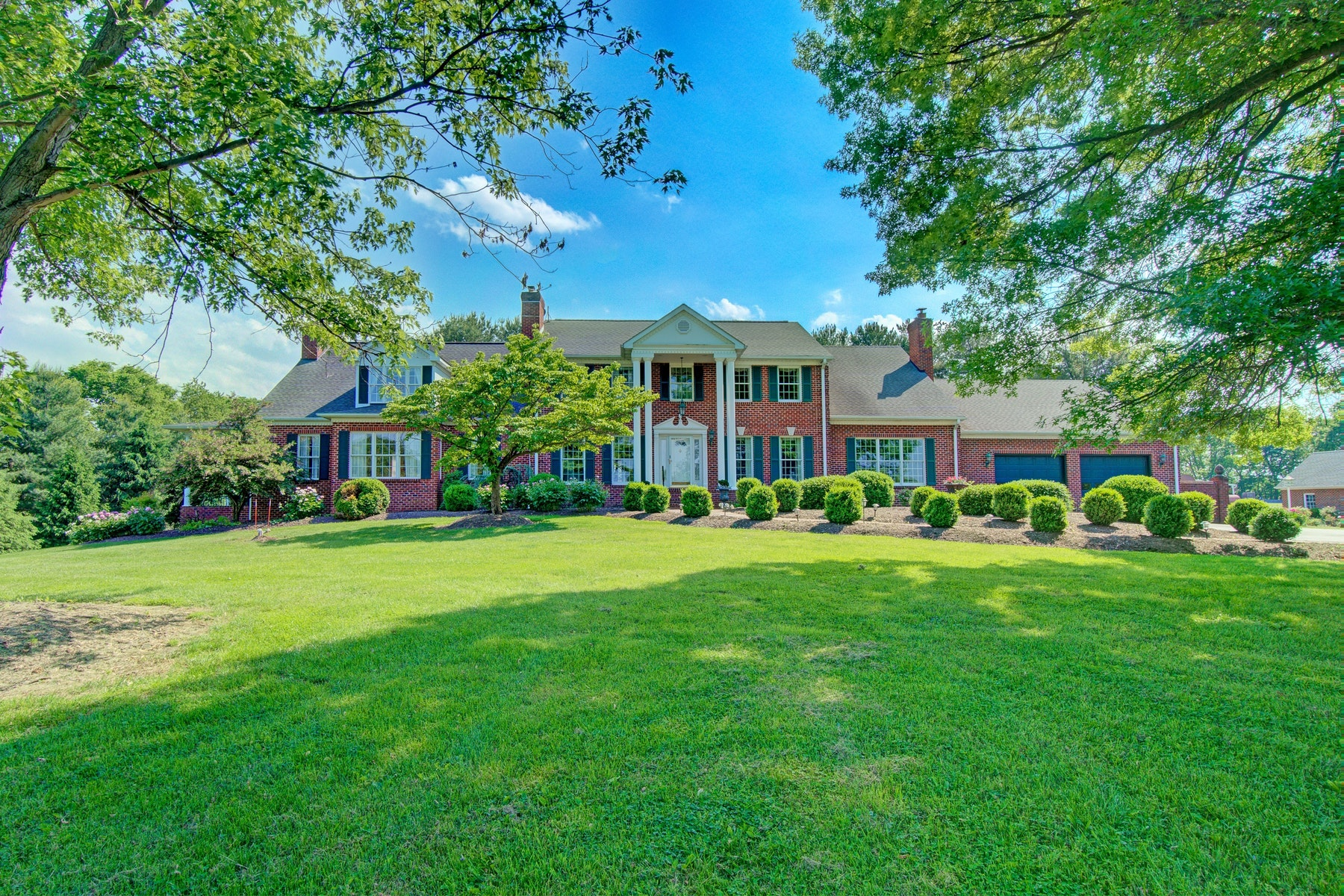 Single Family Homes for Active at 487 Mill Lane Charles Town, West Virginia 25414 United States
