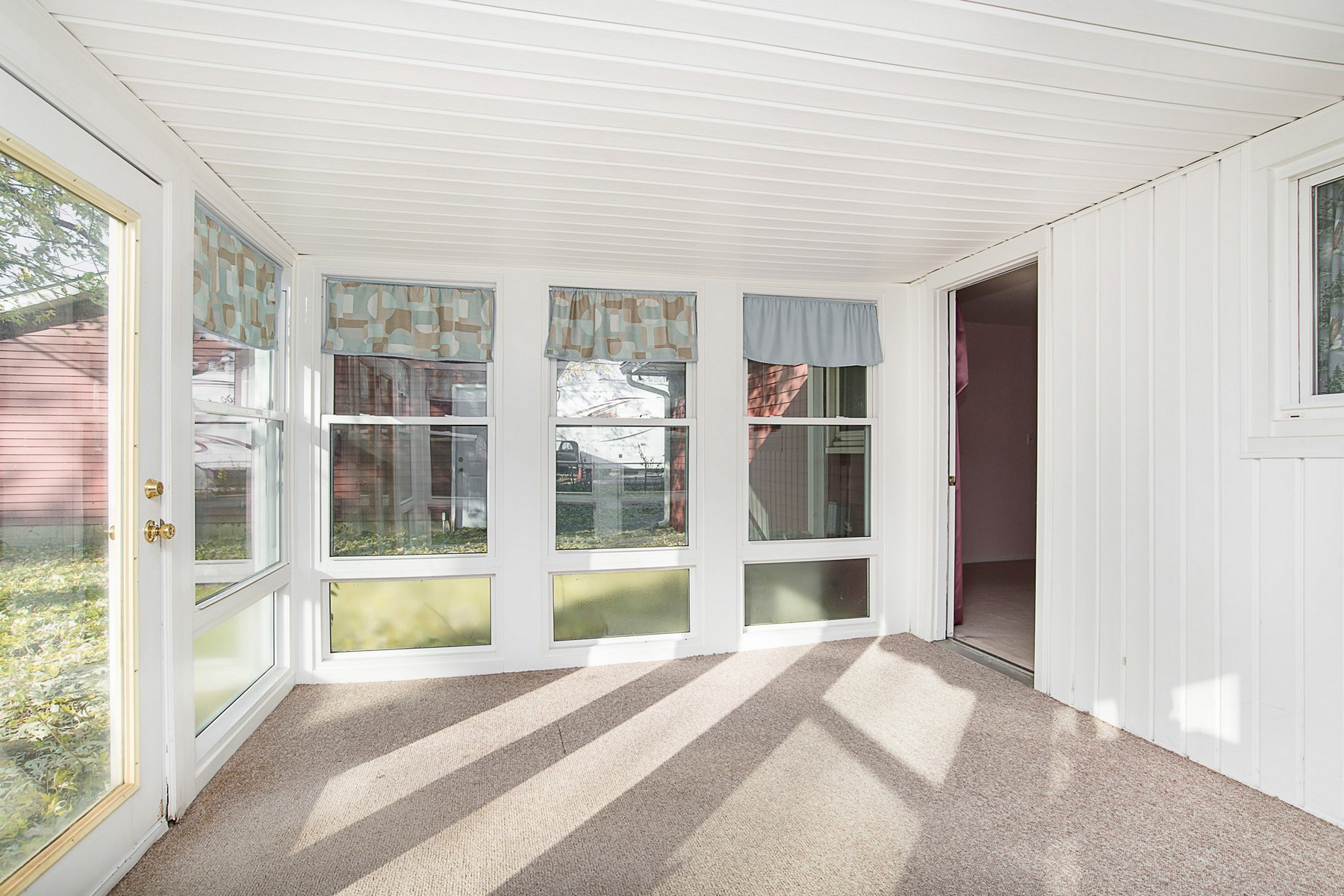 Additional photo for property listing at Great 2 Bedroom Home in Lawrence 5262 N Richardt Ave Lawrence, Индиана 46226 Соединенные Штаты