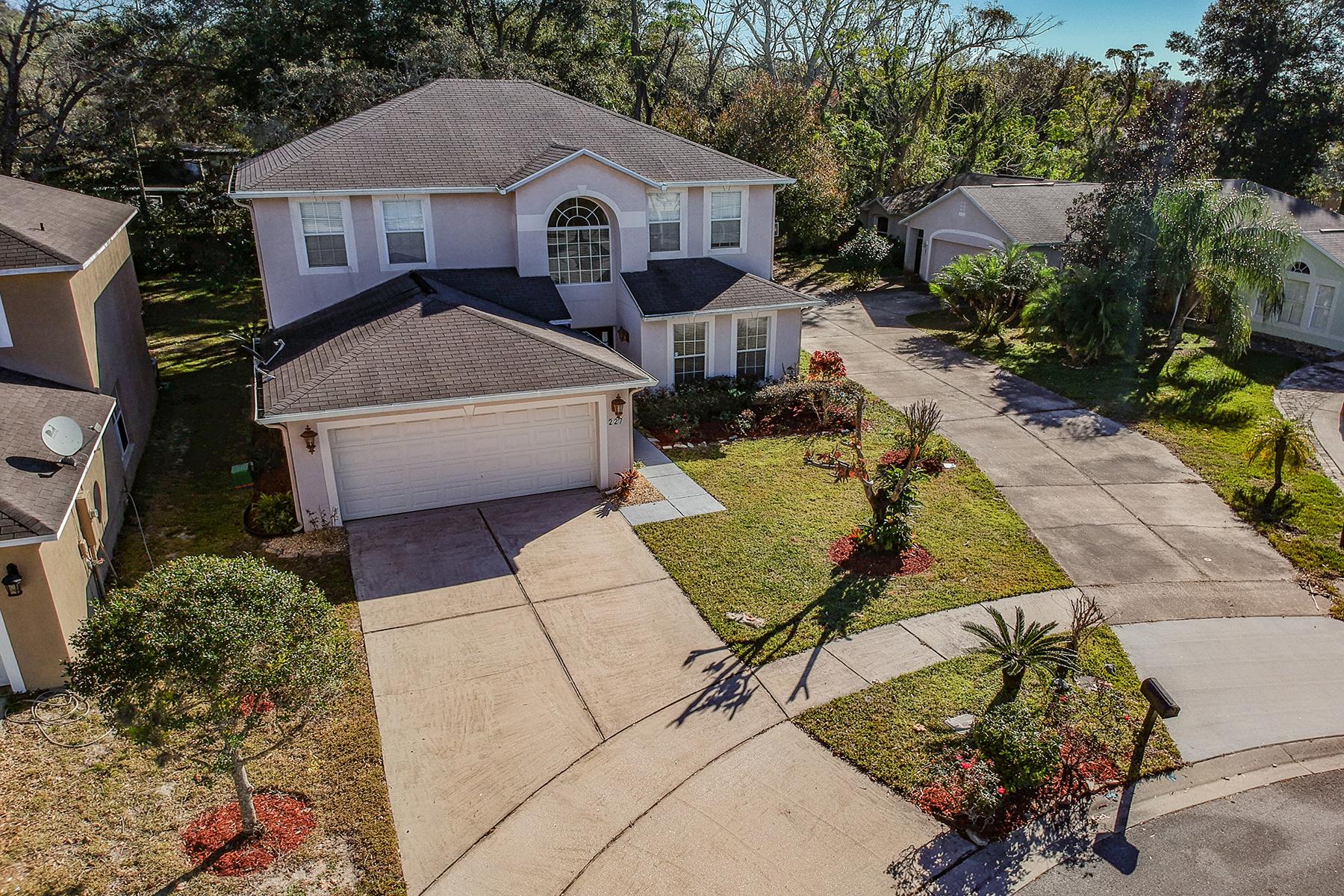 Maison unifamiliale pour l Vente à ORLANDO - APOPKA 227 Pleasant Gardens Dr Apopka, Floride 32703 États-Unis
