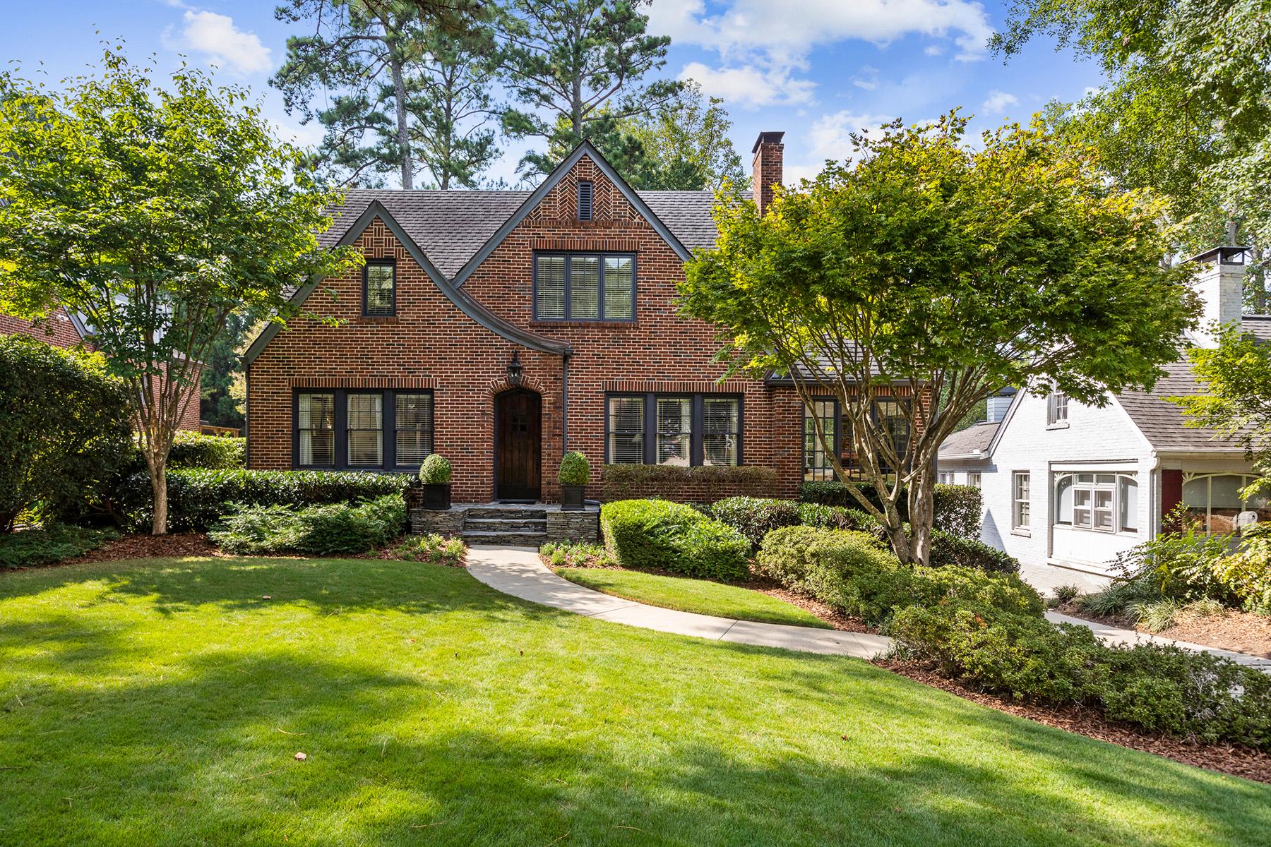Single Family Homes для того Продажа на Classic Morningside Tudor 1664 Homestead Avenue, Atlanta, Джорджия 30306 Соединенные Штаты