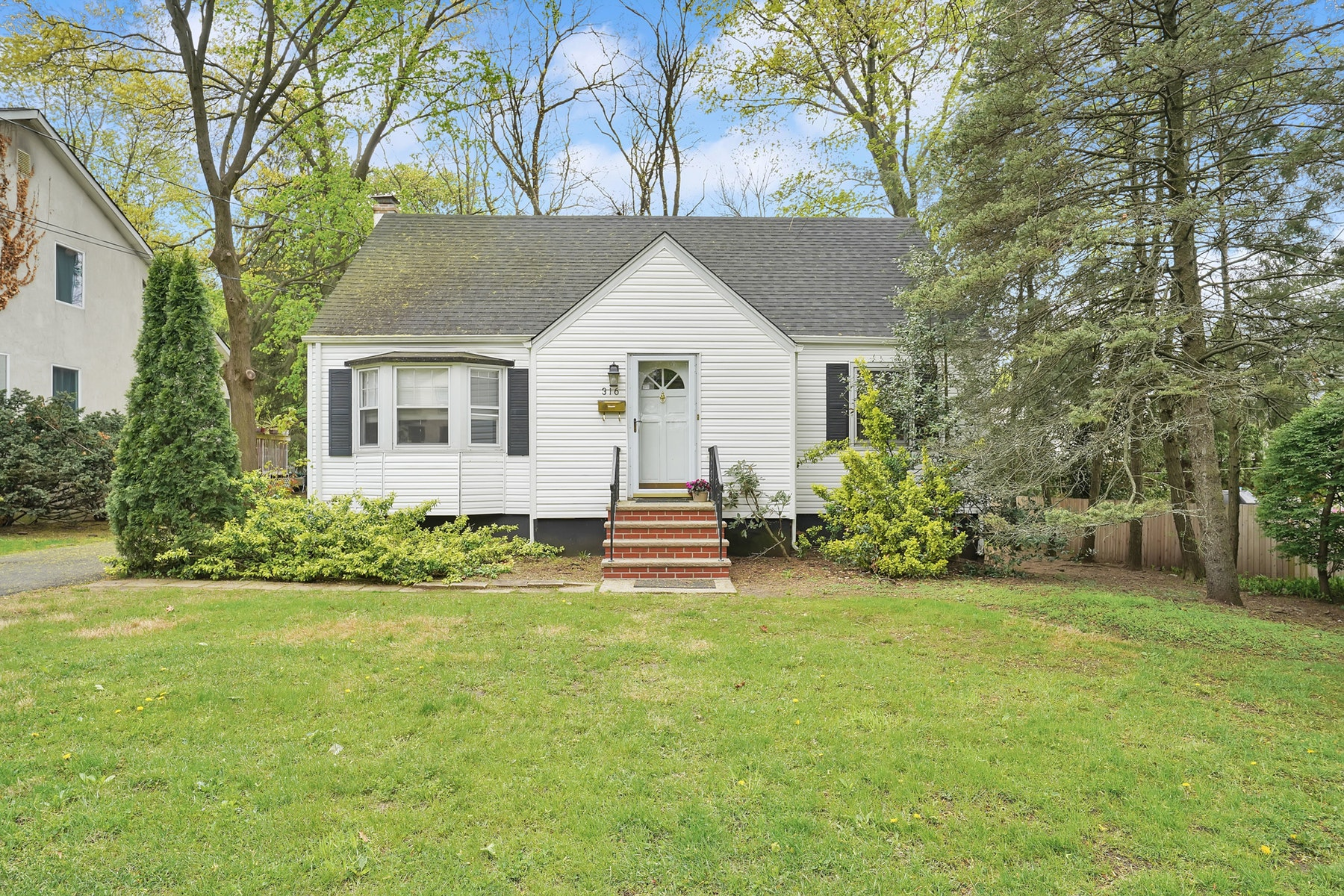 Other Residential Homes for Sale at Ridgewood, New Jersey 07450 United States