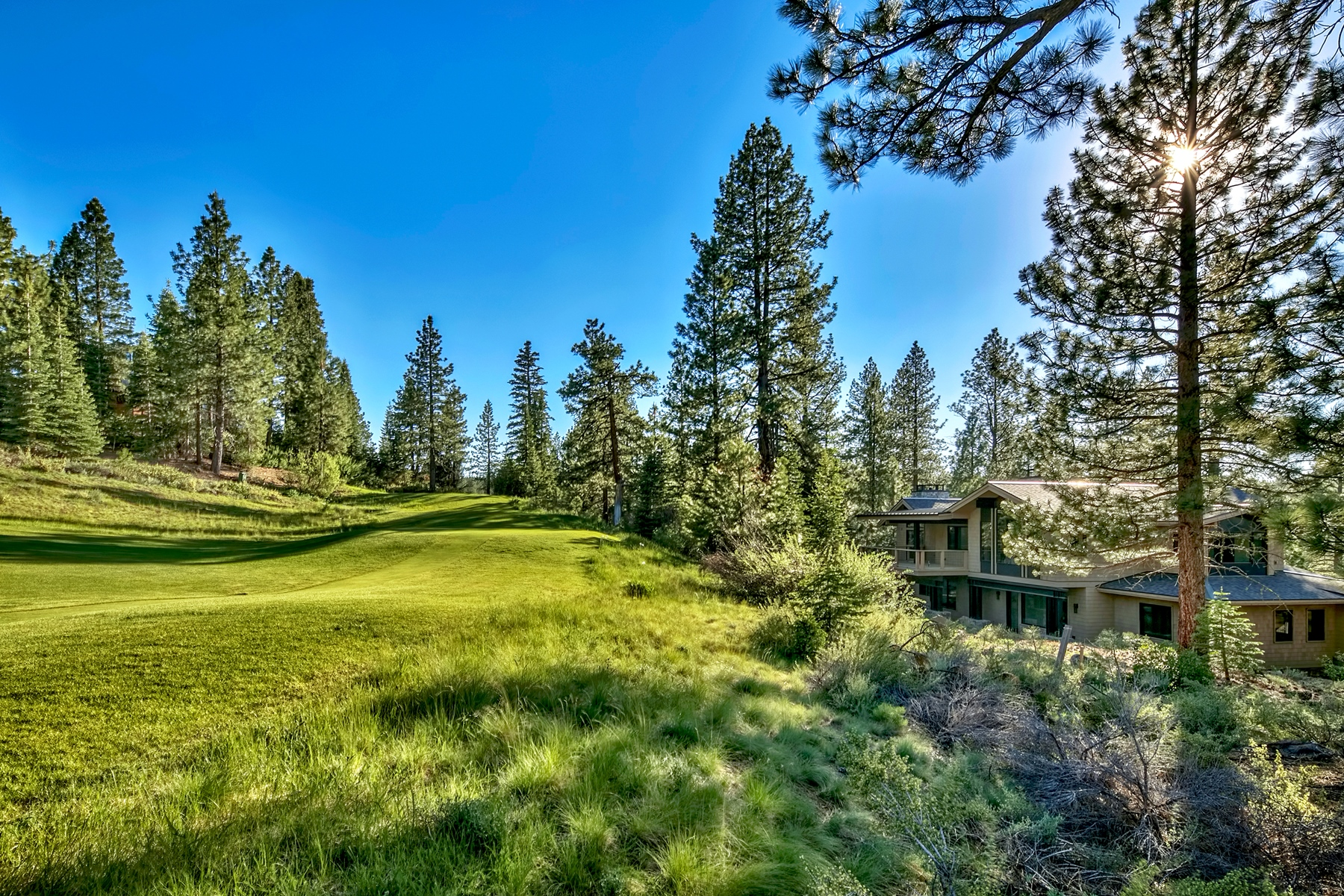 Additional photo for property listing at 13212 Snowshoe Thompson, Truckee, CA 13212 Snowshoe Thompson Circle Truckee, California 96161 Estados Unidos