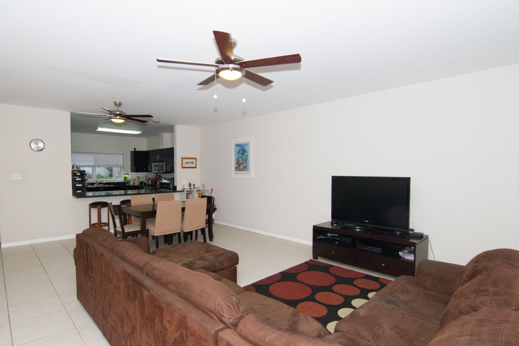 Additional photo for property listing at Cayman Crossing #36 South Sound, 大开曼岛 开曼群岛